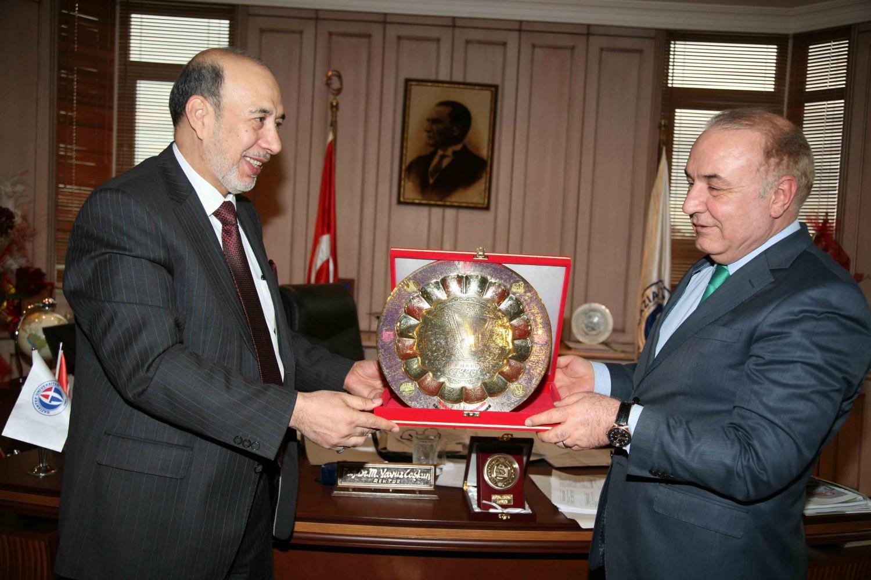 Rektör Hoca - Irak Kültür Müsteşarı