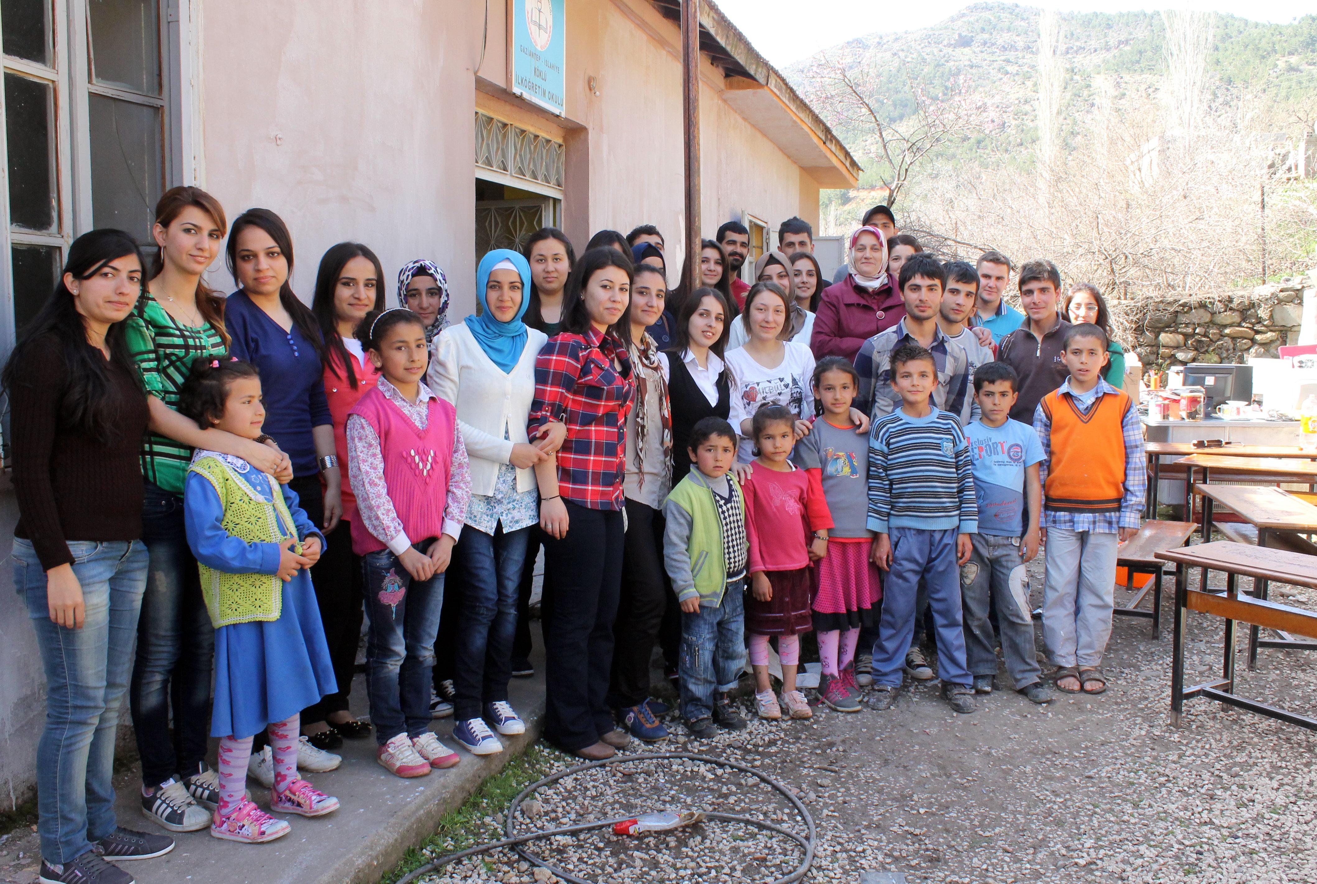 131 - İslahiye (Köklü Köyü Okulu Tamir Edildi) (1)