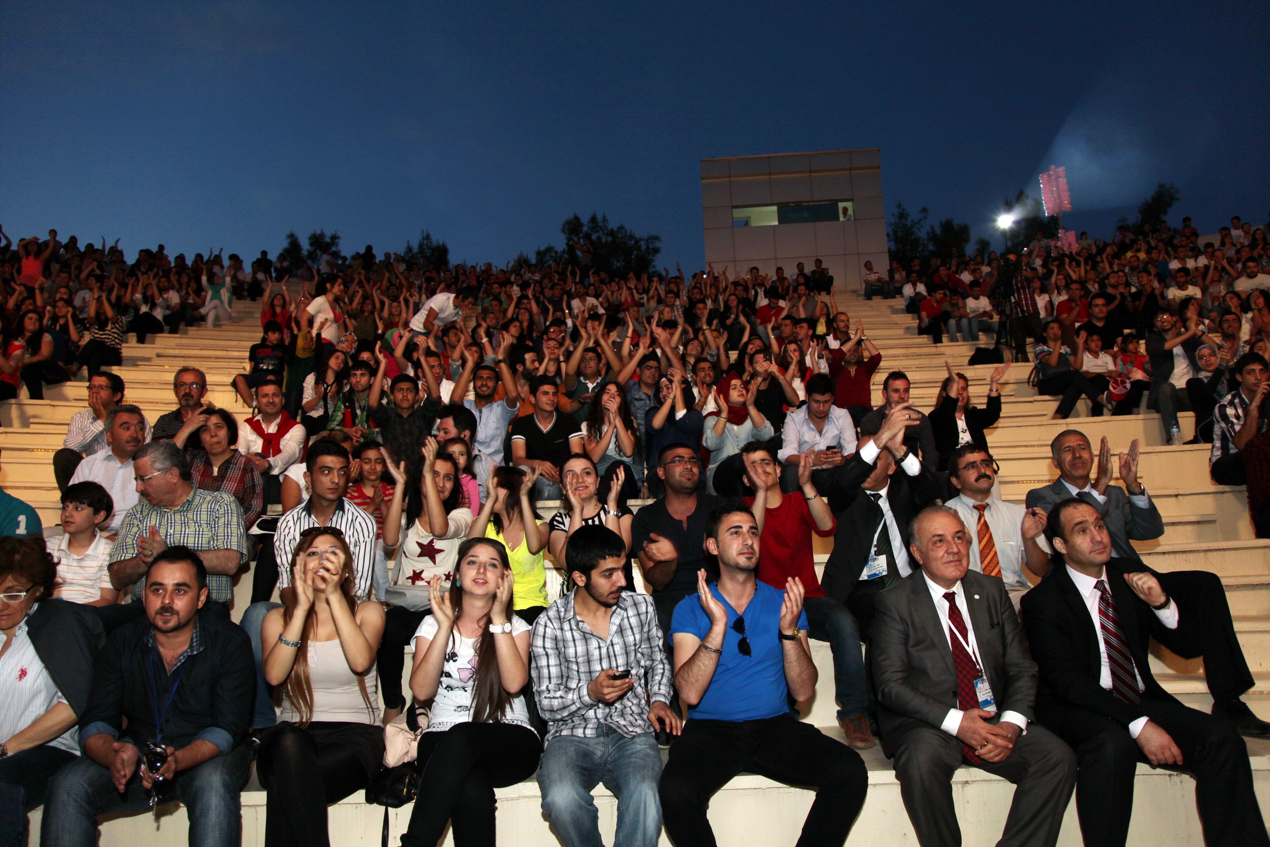 208-ŞENLİK-Emrah_Yazar Konser (2)