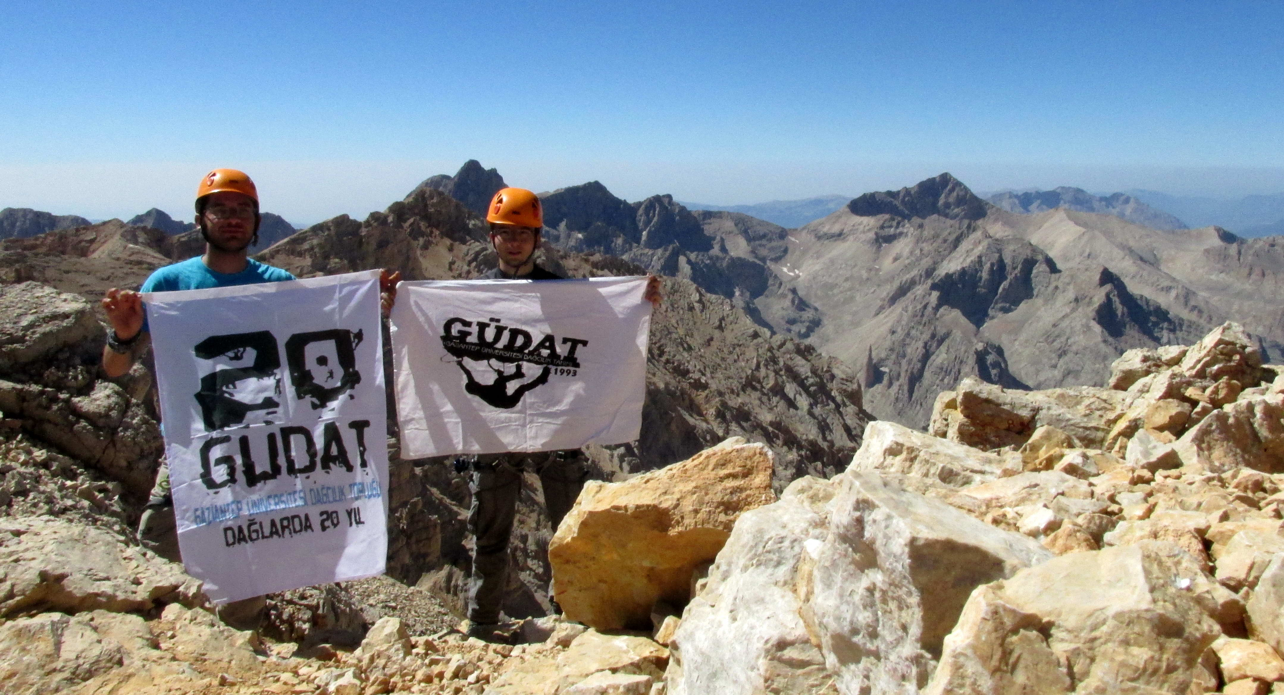 371-GÜDAT Ekibi Dağların Zirvesinde (1)