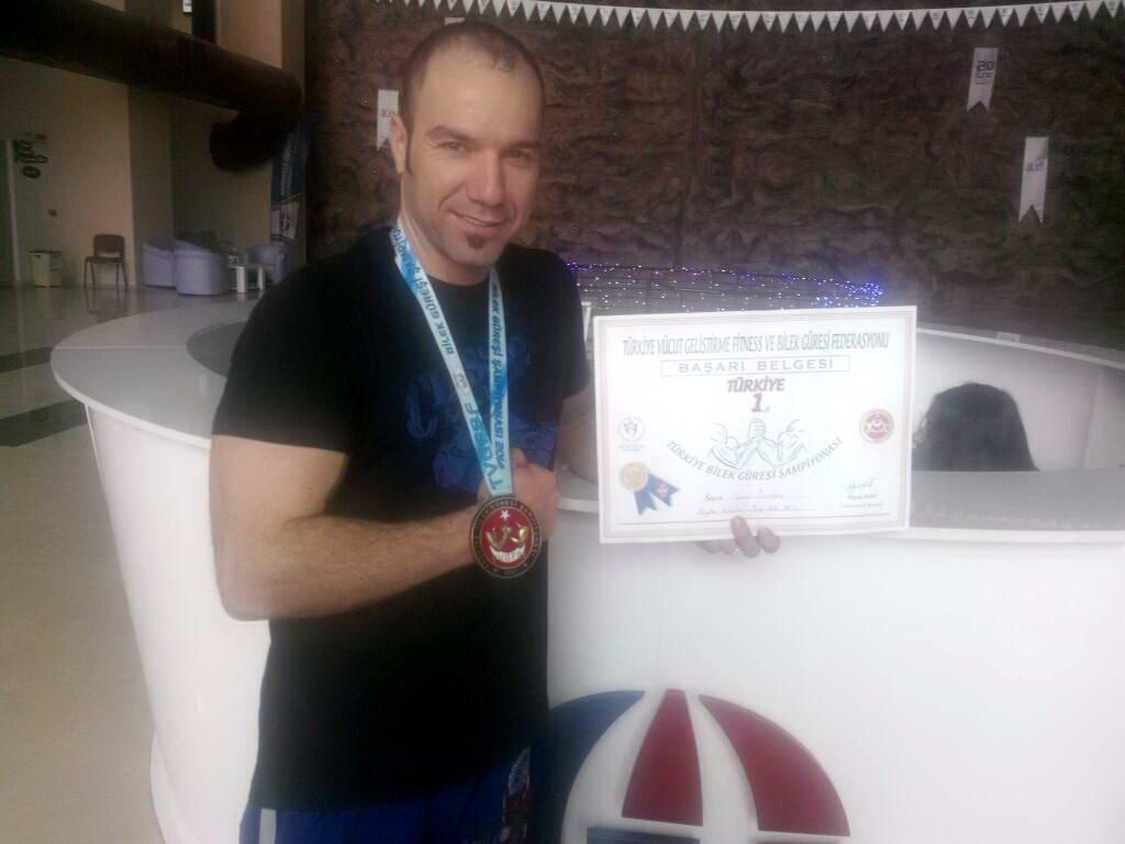 GAÜN Sporium Antrenörü Osman ÖLMEZ