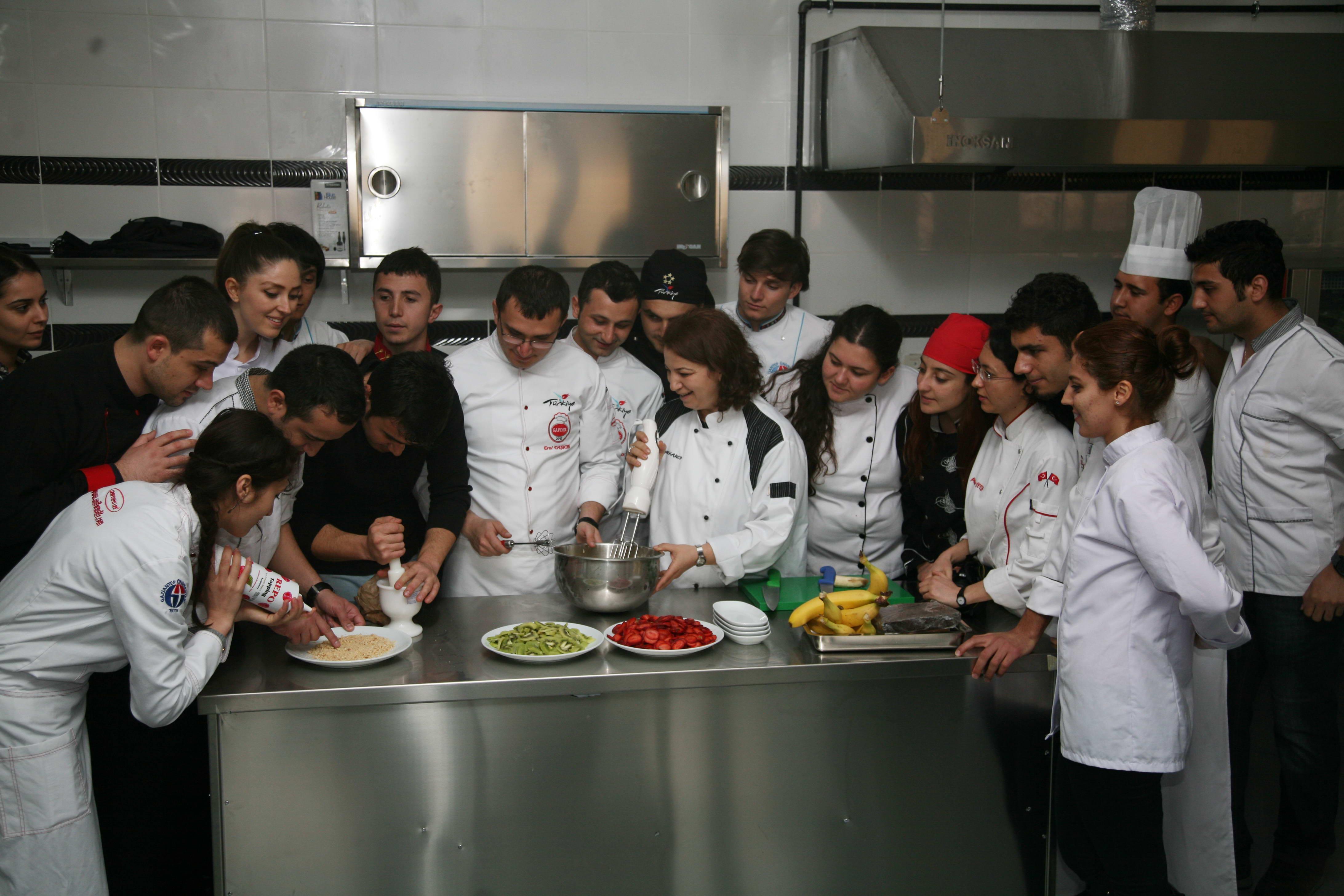 Gastronomi Öğrencilerinden İki Uluslararası Başarı (4)