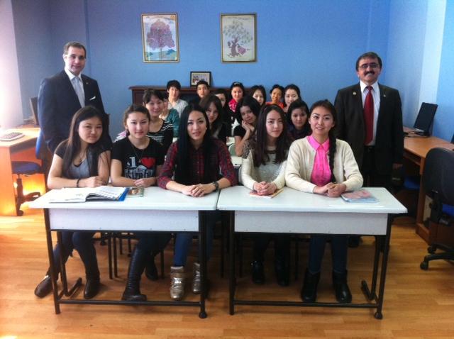 Gaziantep Üniversitesinin Kazakistan Çıkartması (02)