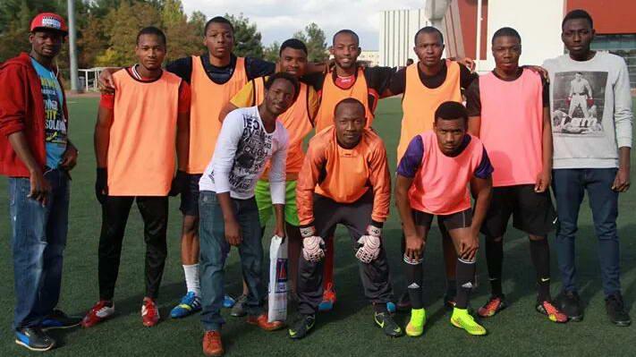 Afrikalı Öğrenciler-1