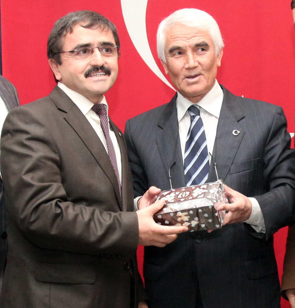 Atatürk ve Tarih Bilinci - Konferans -  (3)