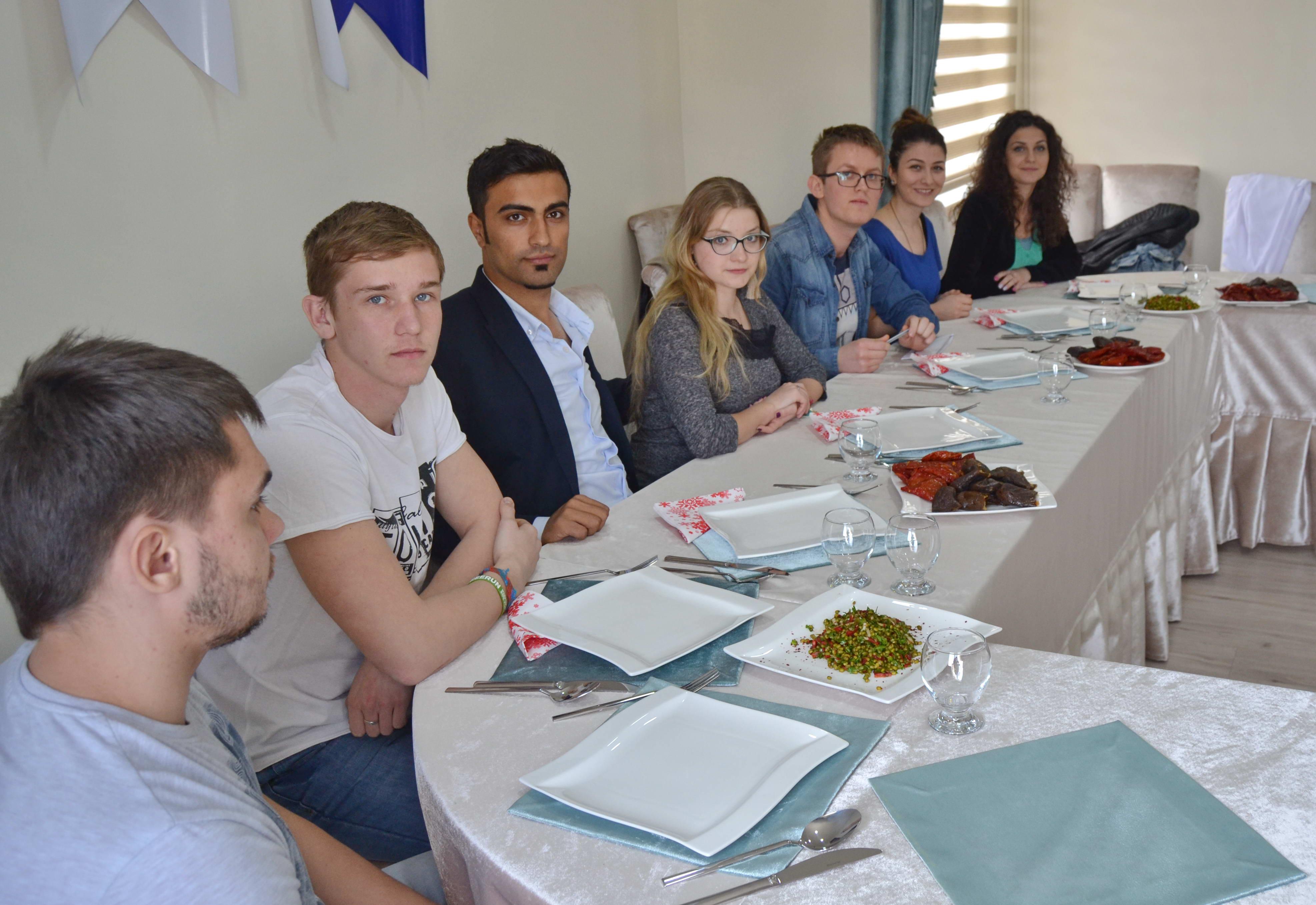 Yabancı Öğrenciler - Yemek  (3)