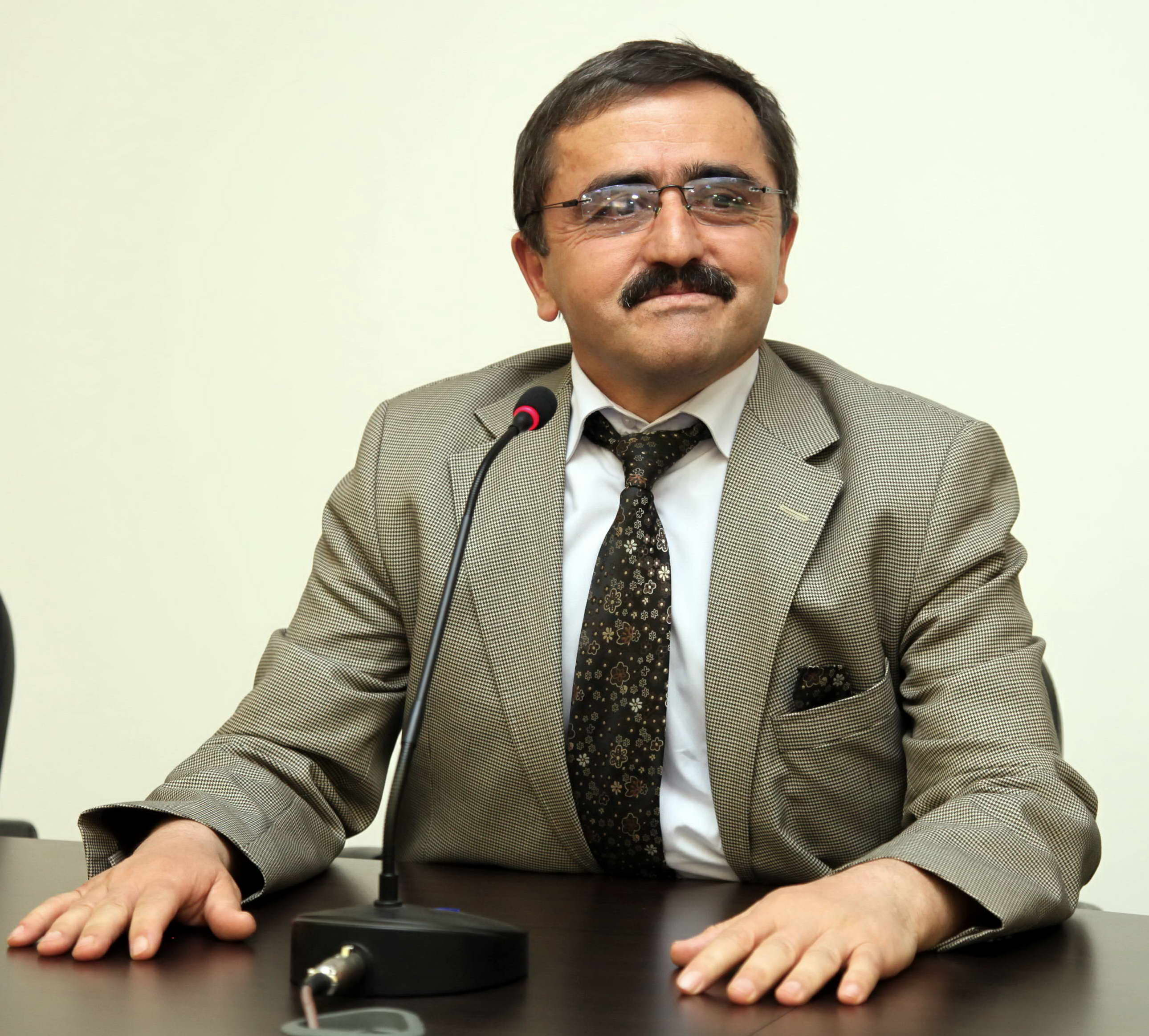 Prof.Dr.Cahit Bağcı