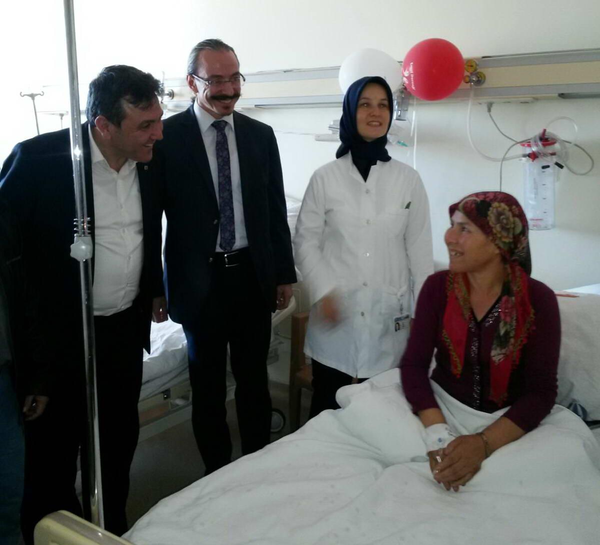 Onkoloji Hastanesi'nde Doğum Günü Kutlaması (2)