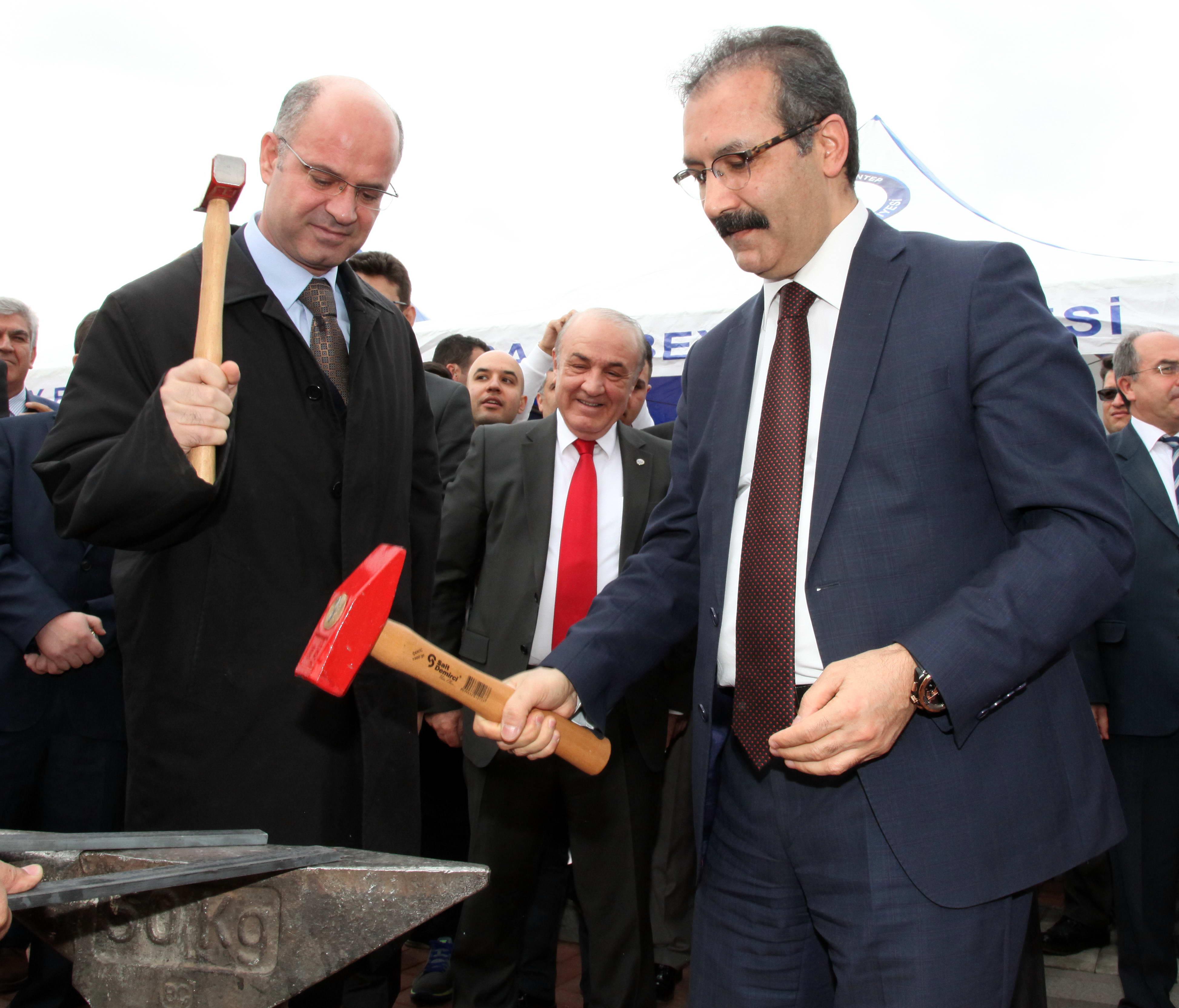 Gaziantep Üniversitesi'nde 'Renkli' Nevruz