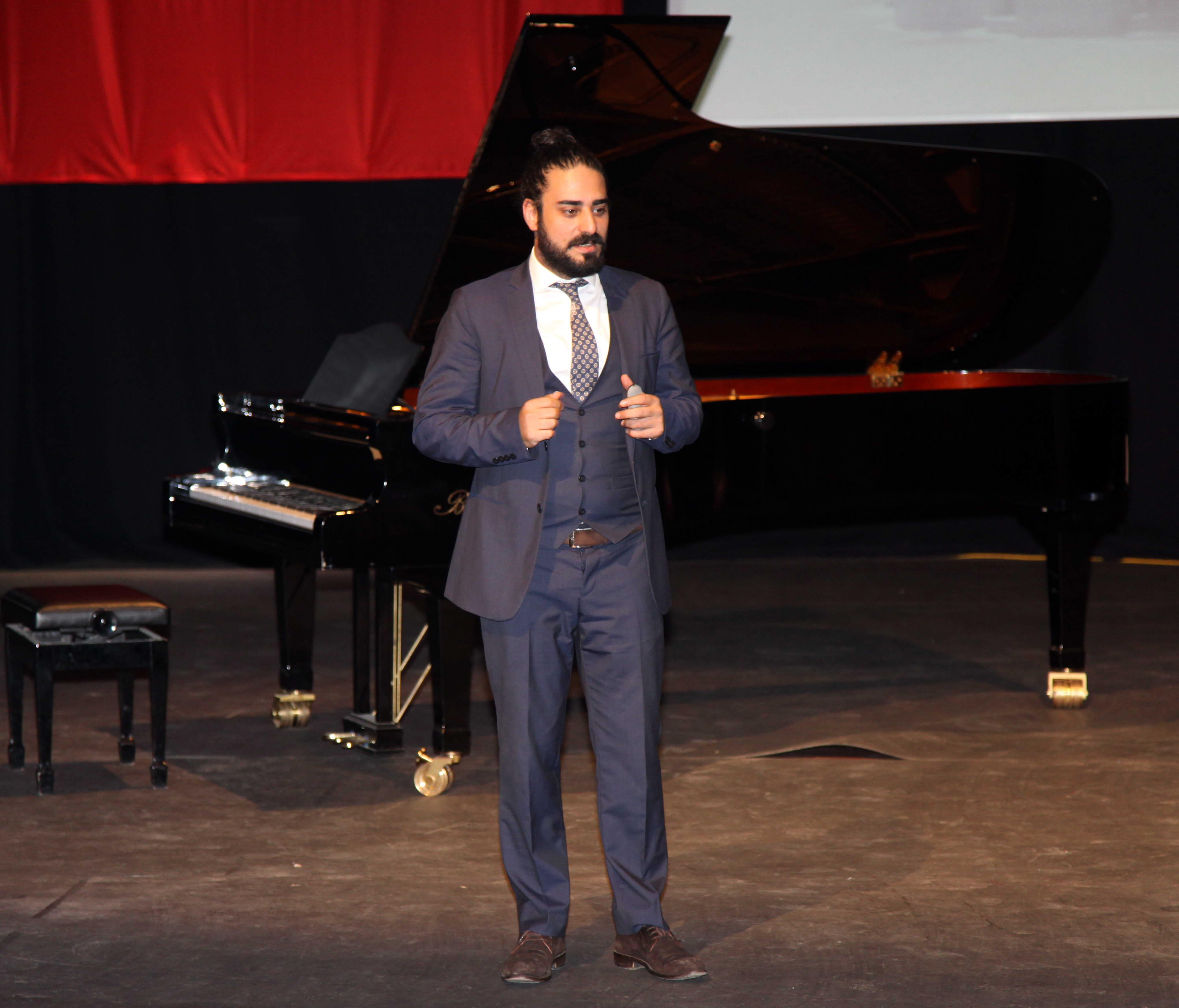 """GAÜN'de Ozan Çoban'la Klasik """"Müzikli Söyleşiler""""  (1)"""