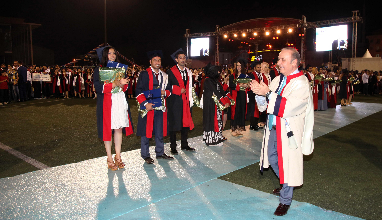 GAZİANTEP Üniversitesi'nde mezuniyet coşkusu - (rektör-2)