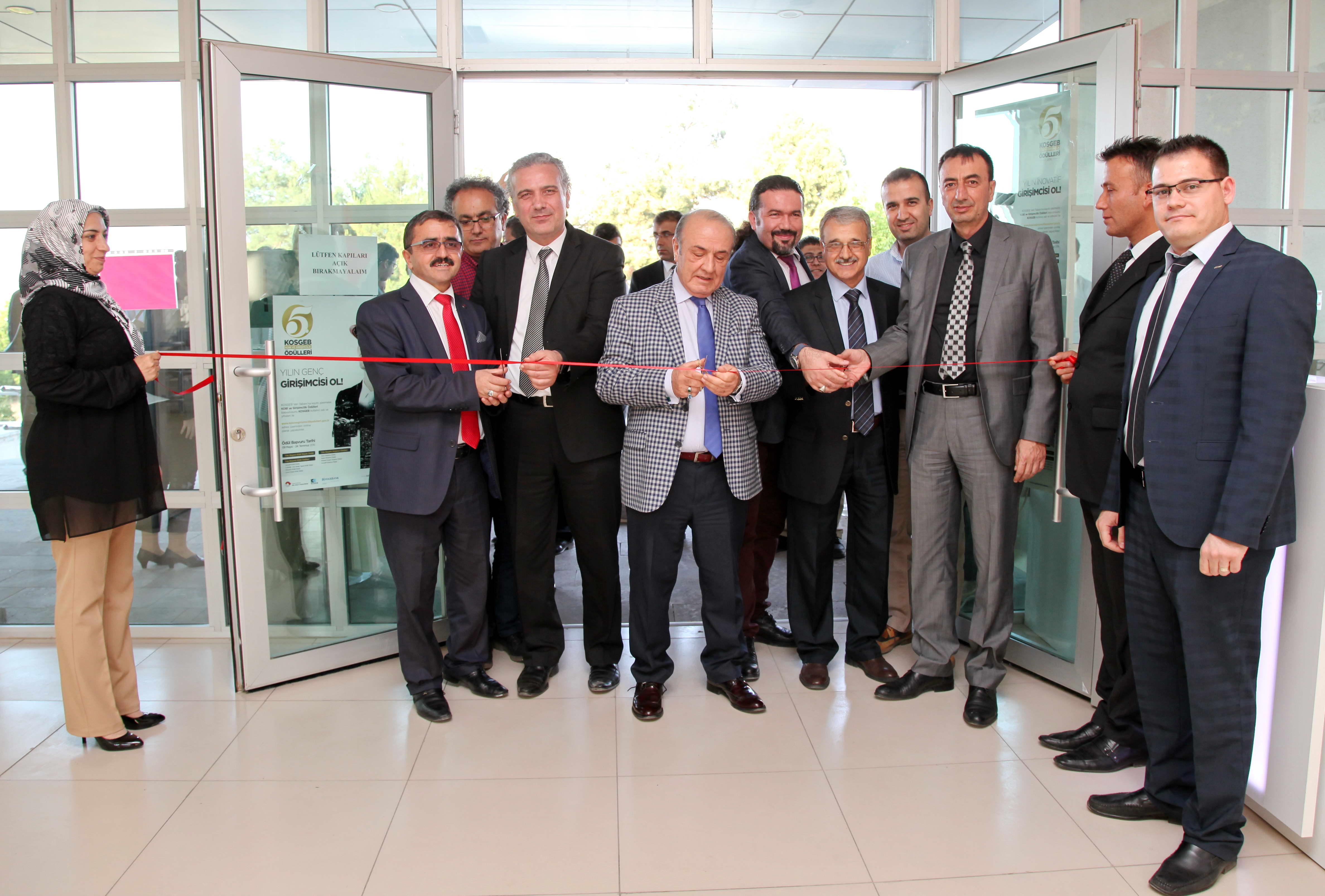 Gaziantep TEKNOPARK yeni yaptırılan binalarını hizmete açtı (1)