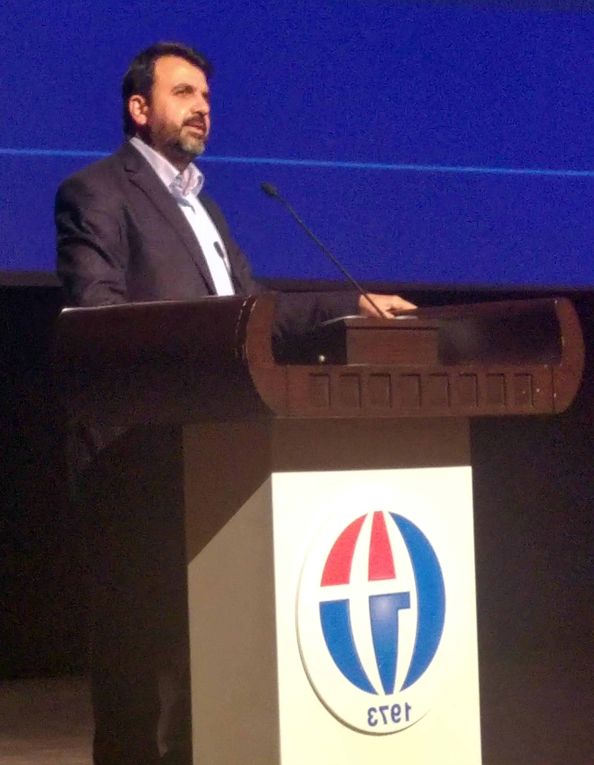 """Eğitimci-Yazar Turan'dan """"21. Yüzyılda Adalet Anlayışı ve Hz. Ömer"""" Konferansı"""
