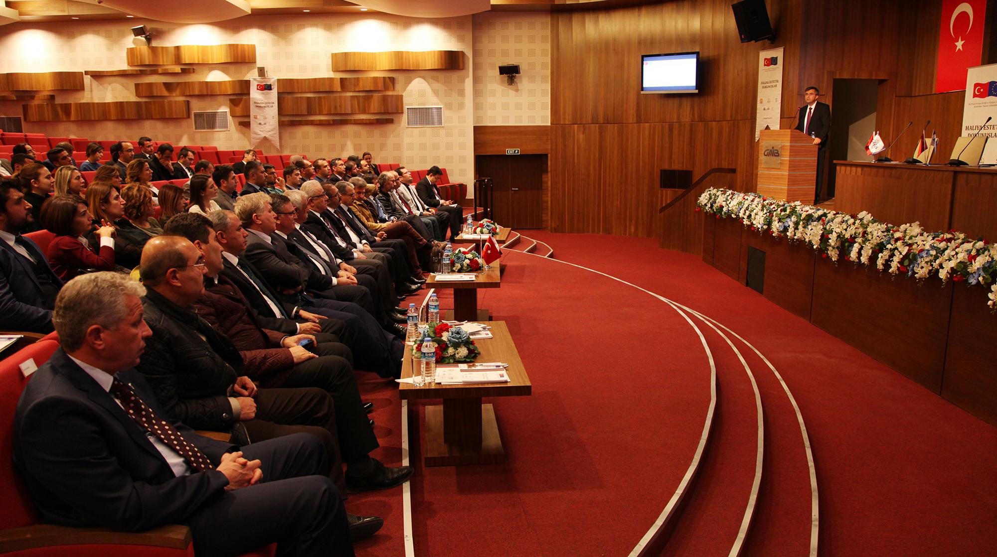 Halıya Estetik Dokunuşlar' Projesi -  (Doç. Dr. Necip Fazıl Yılmaz-2)