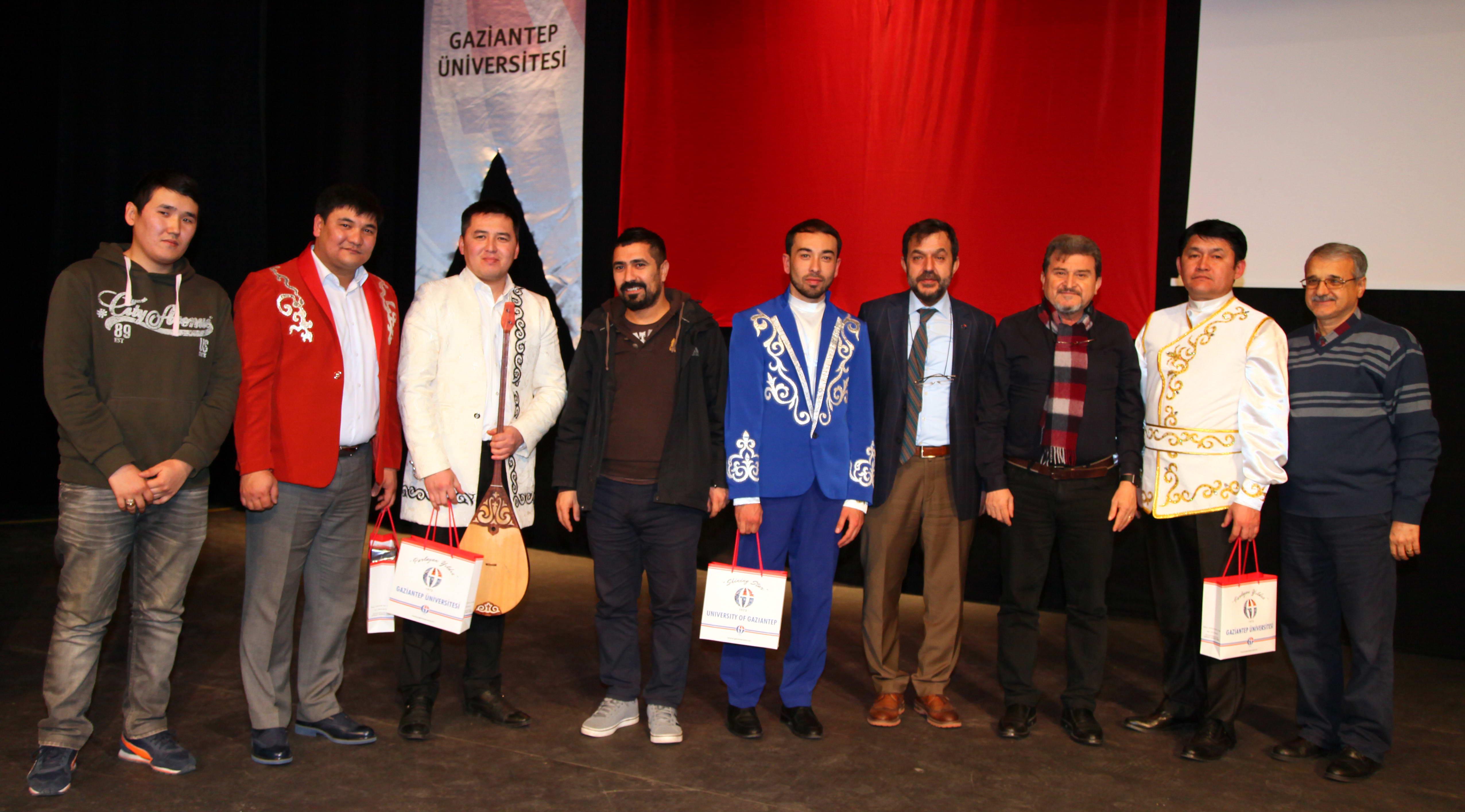 GAÜN'de Kazakistan Müzik Grubu'ndan Konser-2