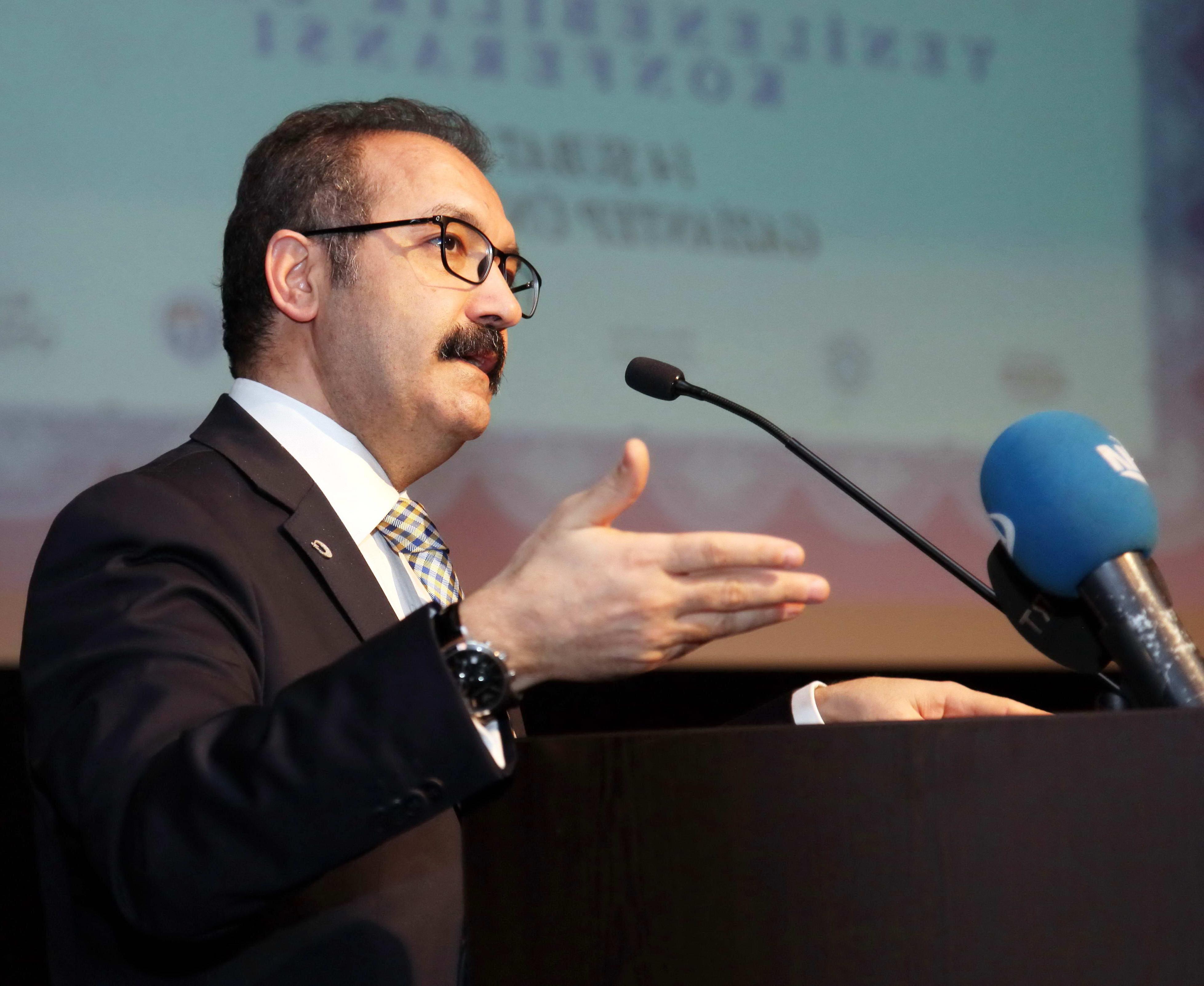 Prof Dr. Ali Gür