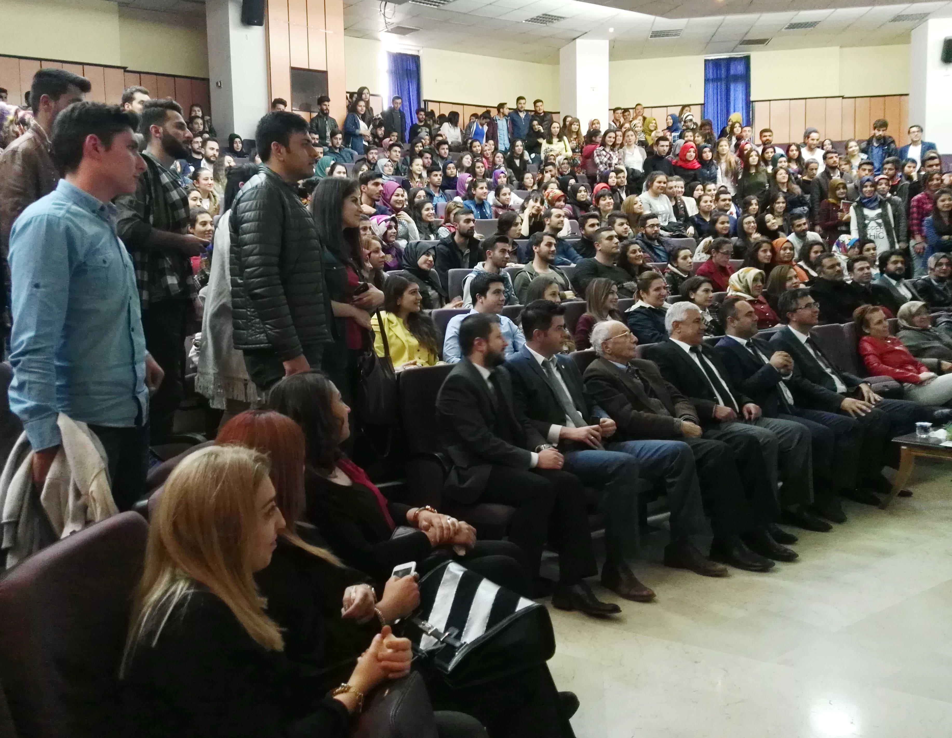 ilik Kanseri ve Kemik İliği Nakli Konferansına GAÜN'lü Öğrencilerden Yoğun İlgi (2)