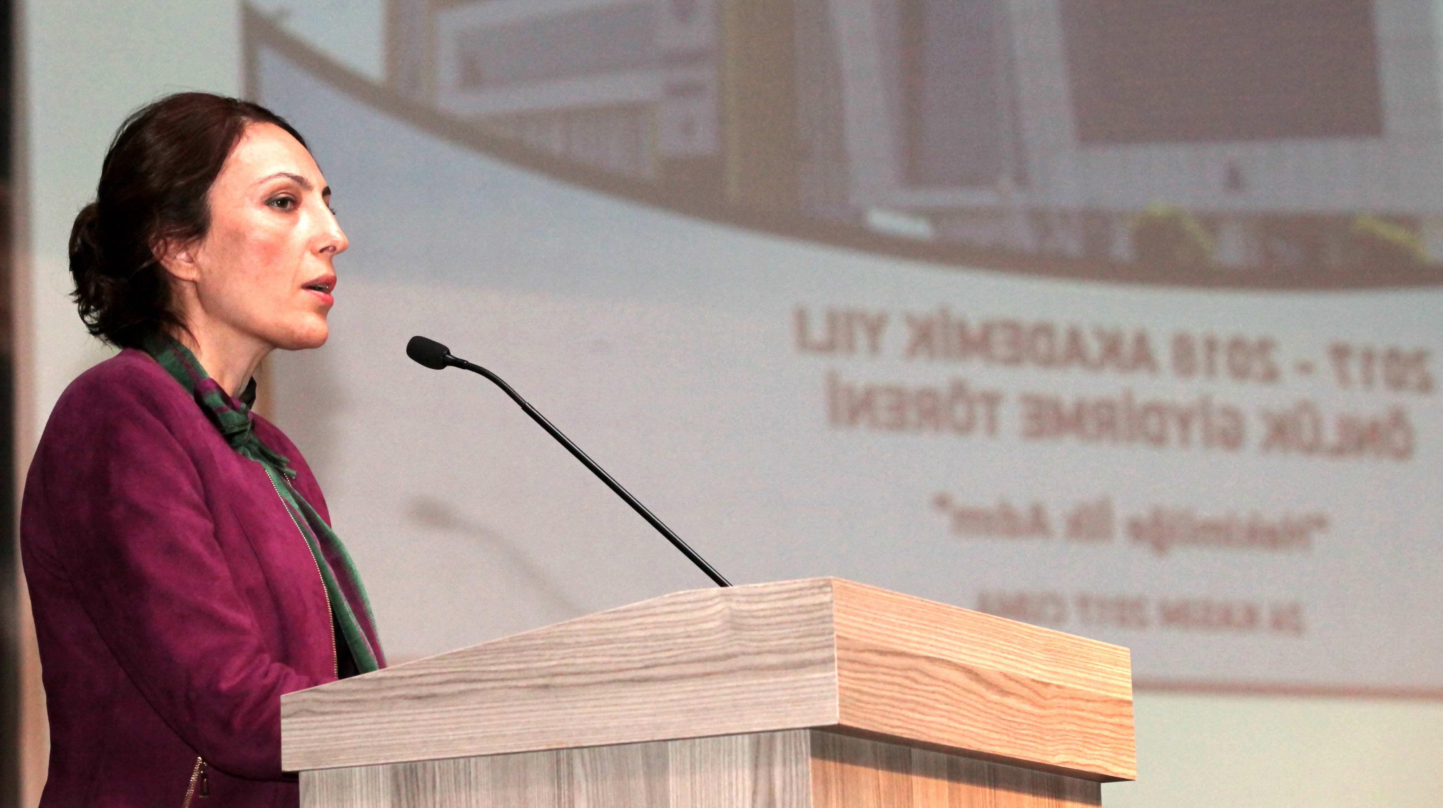 GAÜN'DE 74 ÖĞRENCİ BEYAZ ÖNLÜK GİYDİ -  (Prof. Dr. Kamile Erciyas)