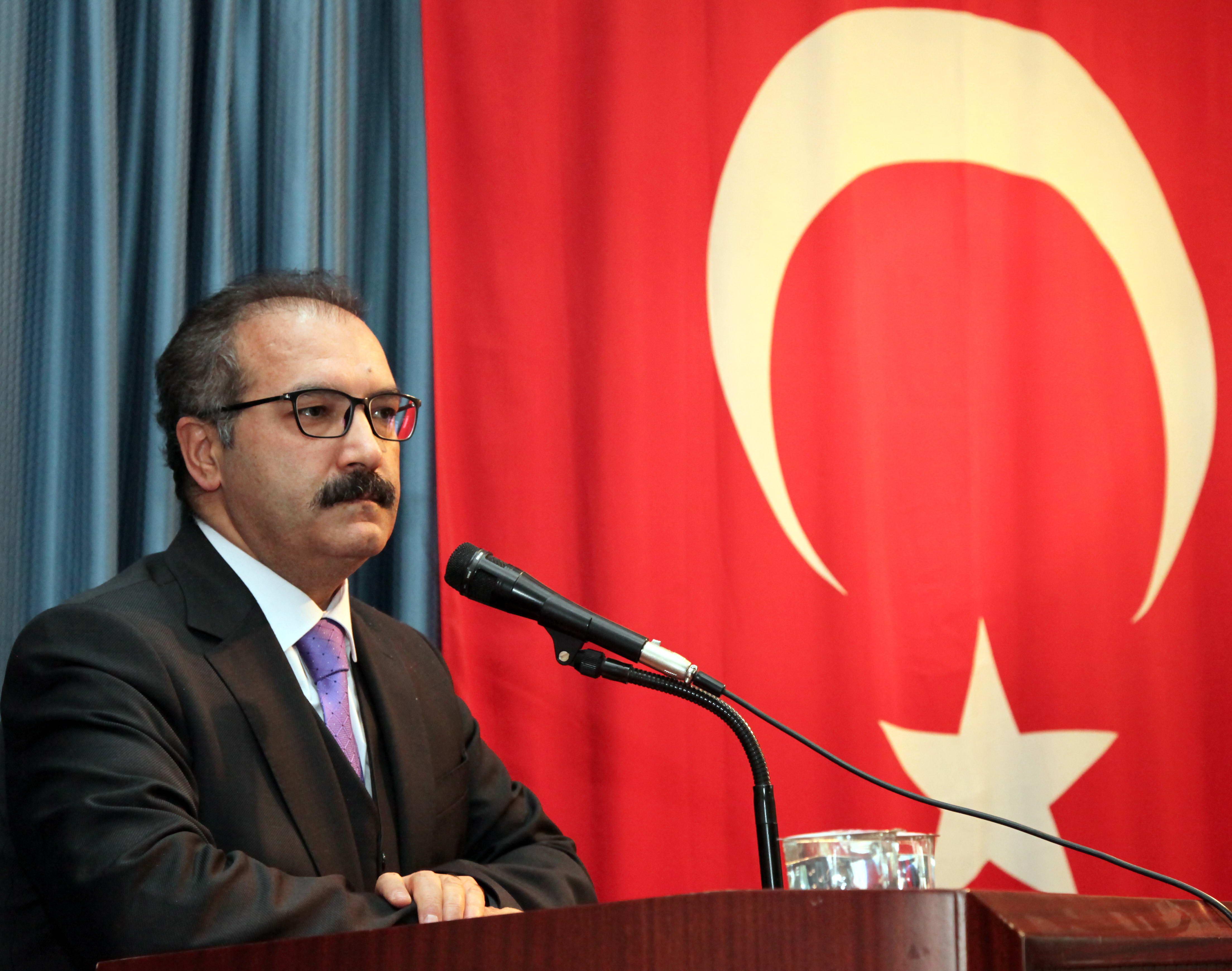 GAÜN'de Kerkük Türkmenlerinin Gözü ile Geçmişten Bu Güne Kerkük Meselesi Paneli - Prof.Dr.Ali GÜR