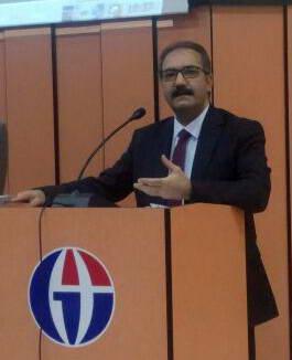 Rektör Prof.Dr.Ali GÜR