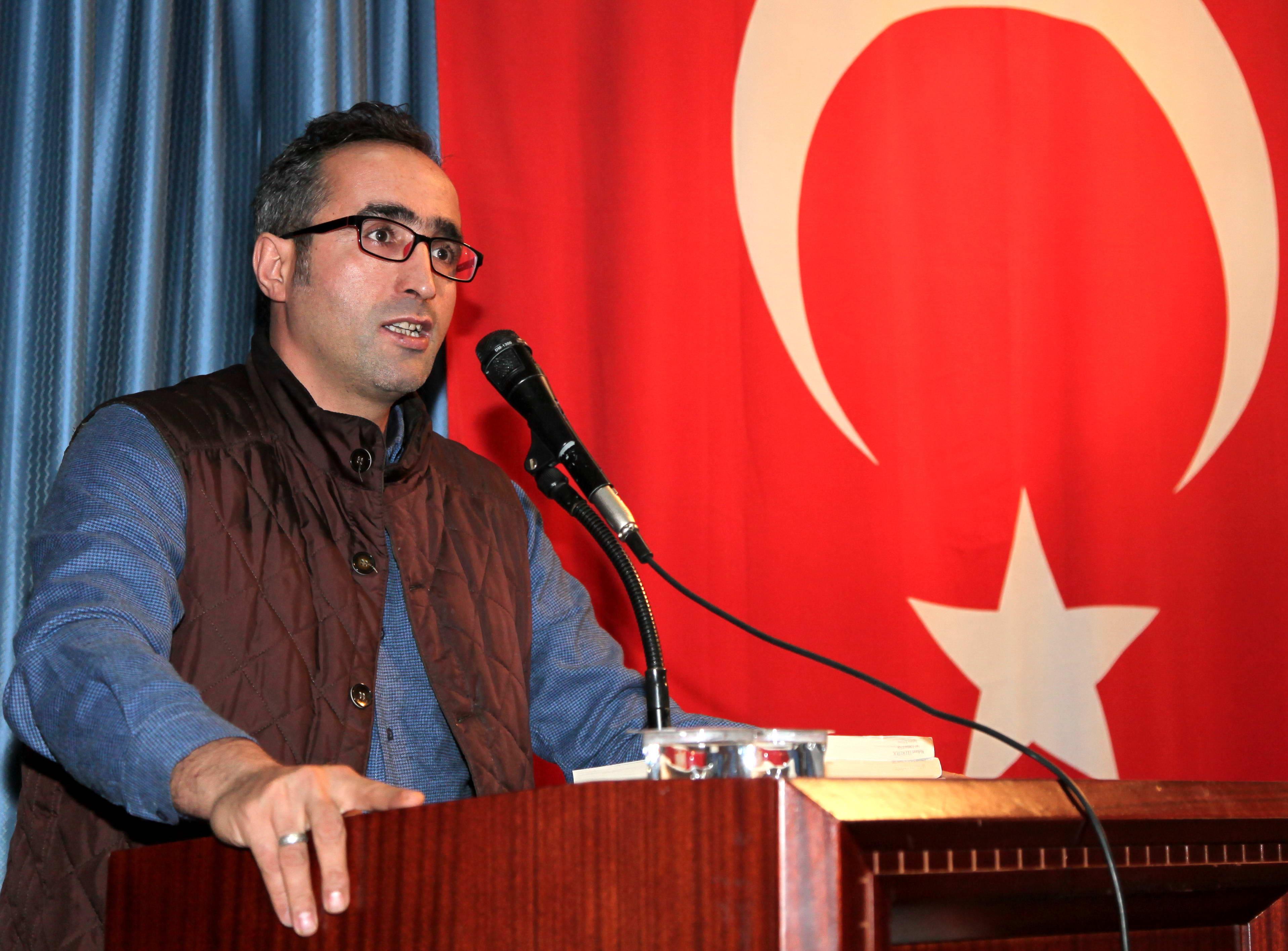 Yrd. Doç. Dr. Mehmet Ulukütük