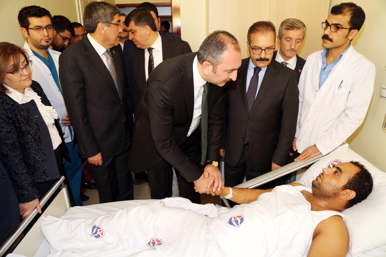 Bakan Gül'den Afrin Gazilerine ziyaret -  (2)