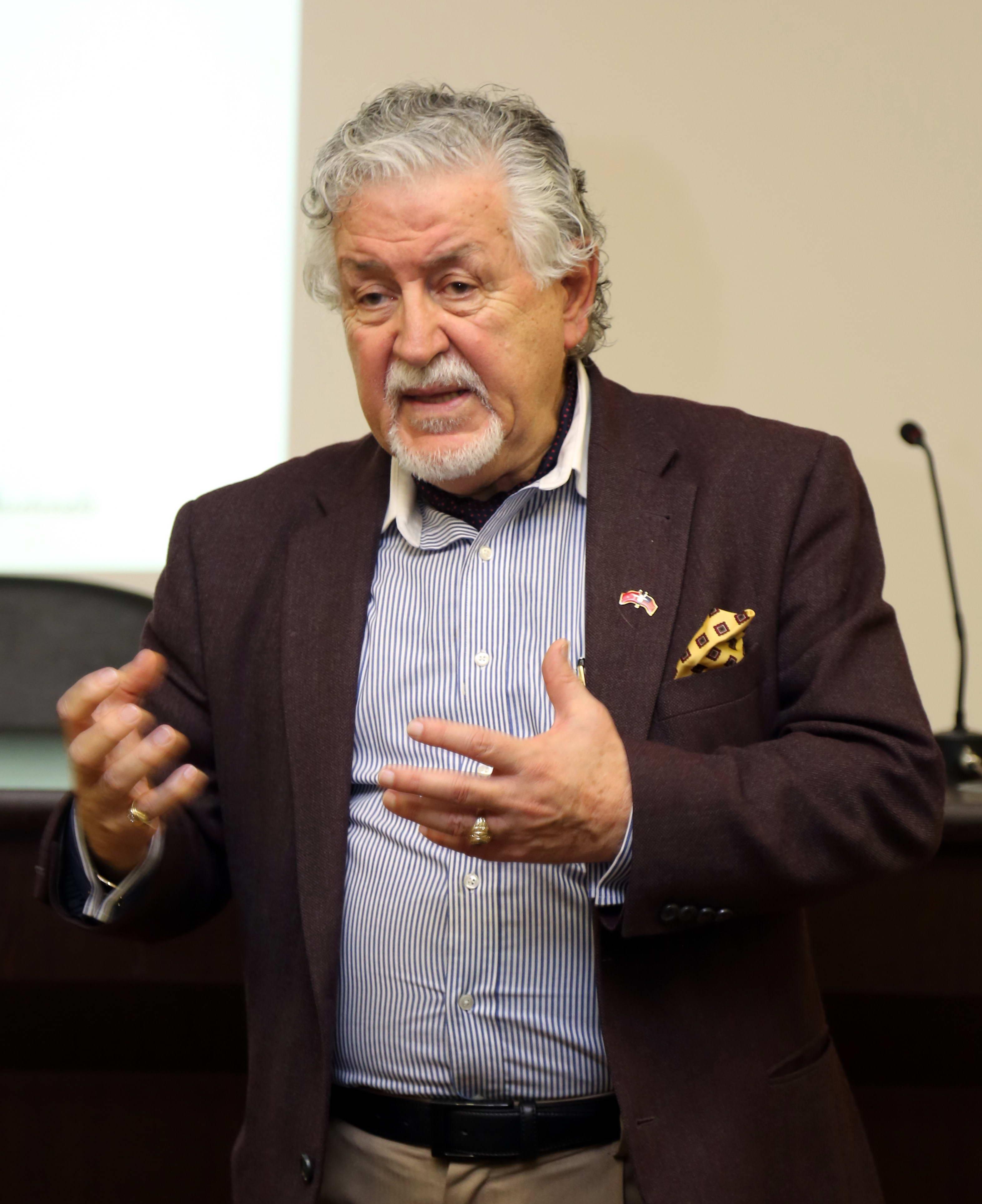 Dr. Güven Yalçıntaş, Einstein gibi Düşünüp, Leonardo gibi Buluş Yapmanın Sırlarını Paylaştı -  (2)