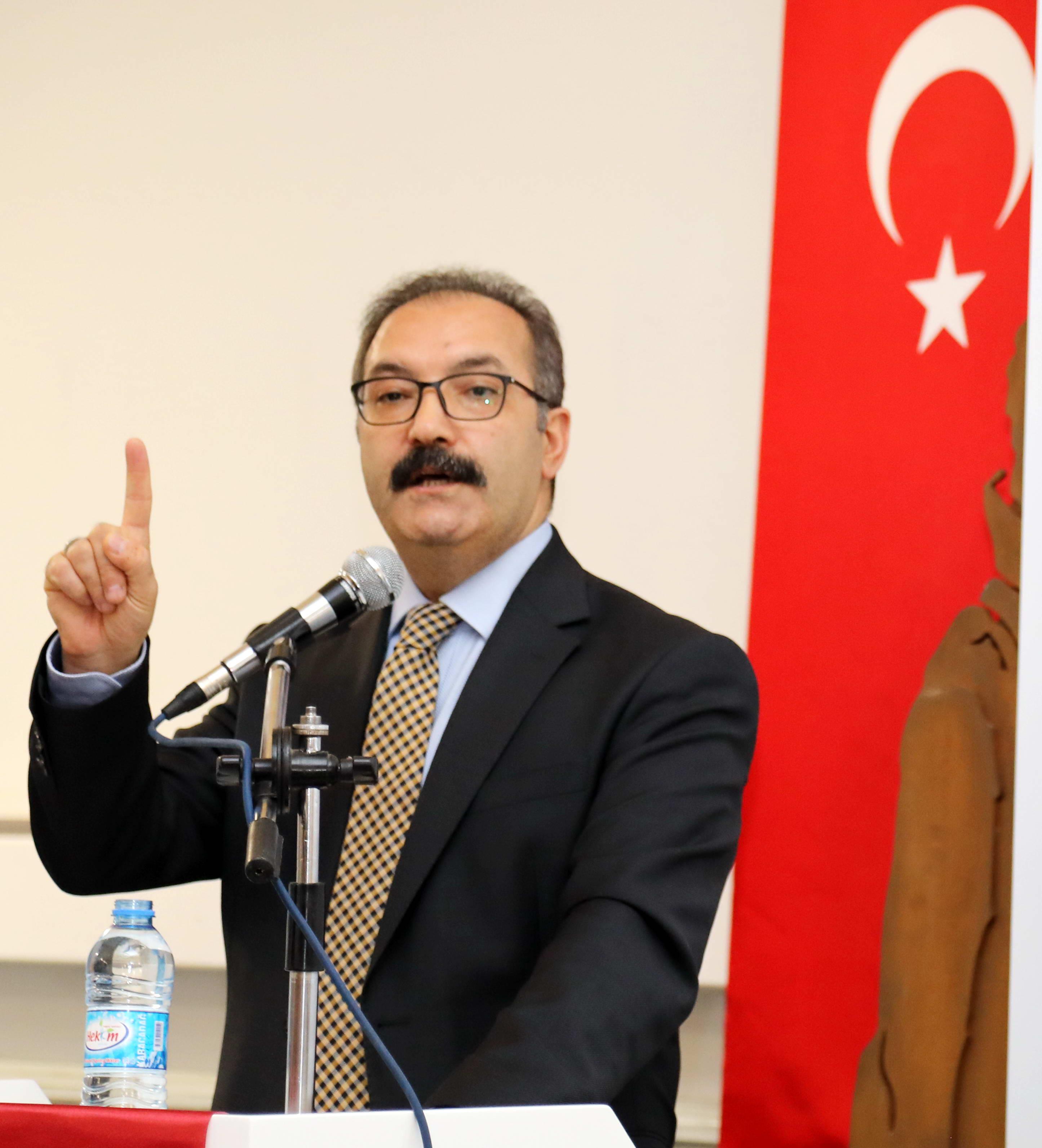 Prof.Dr.Ali GÜR (1)