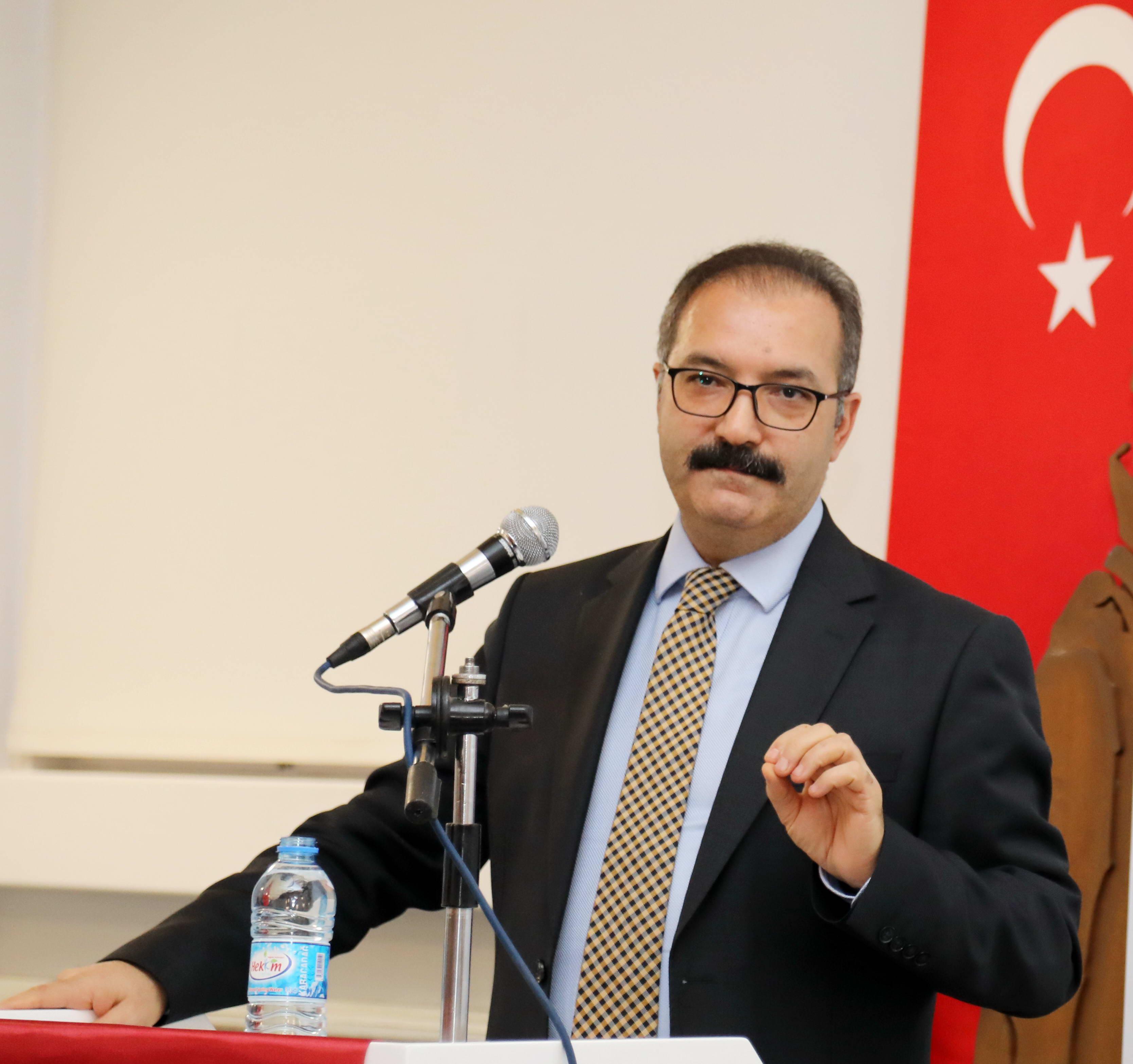 Prof.Dr.Ali GÜR (2)