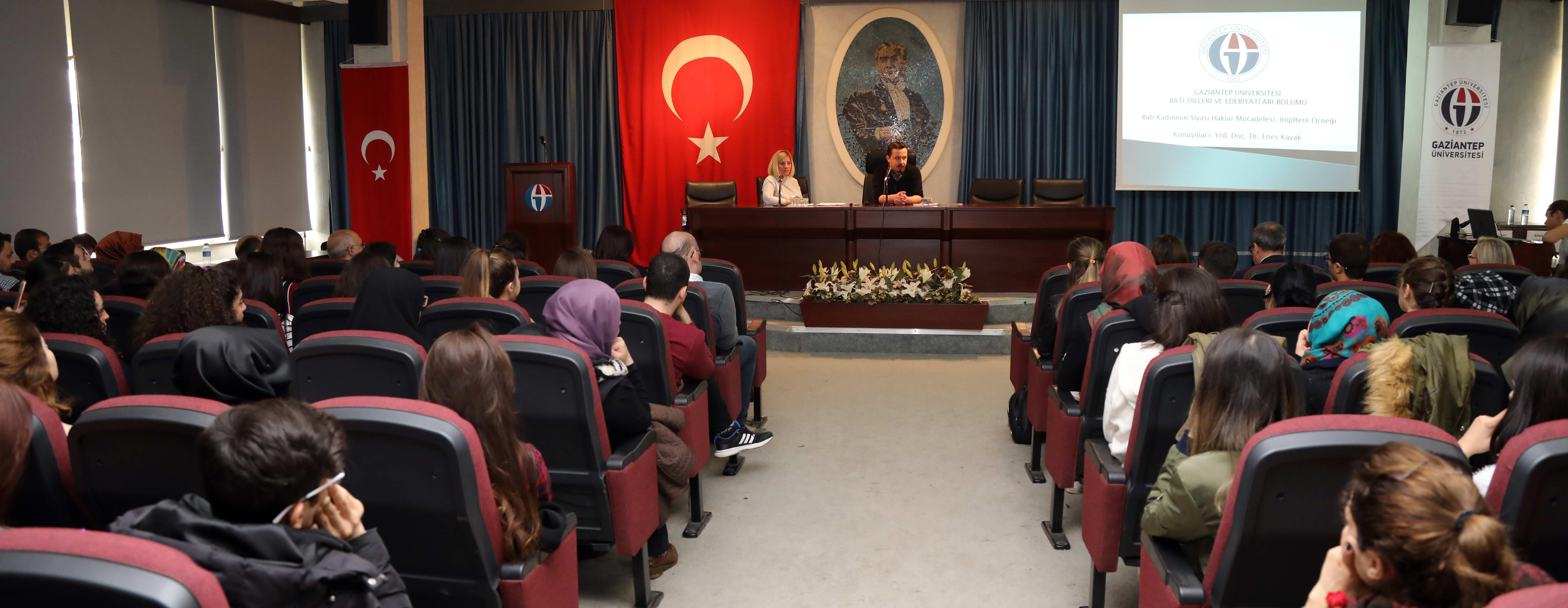 Batı Dilleri ve Edebiyatları Topluluğu Öğrencilerinden Kadınlar Günü Etkinliği -  (2)