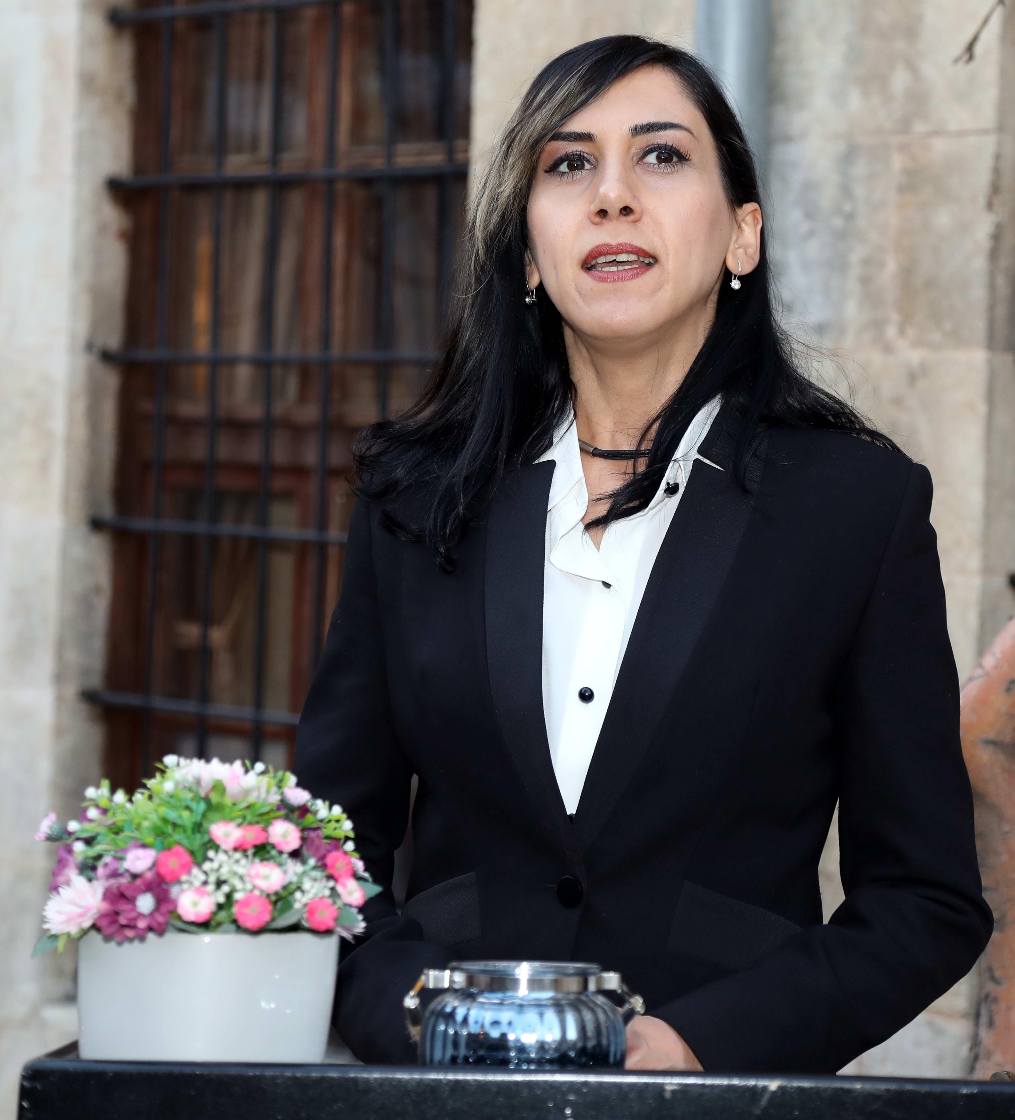 Doç. Dr. Elif Şenel