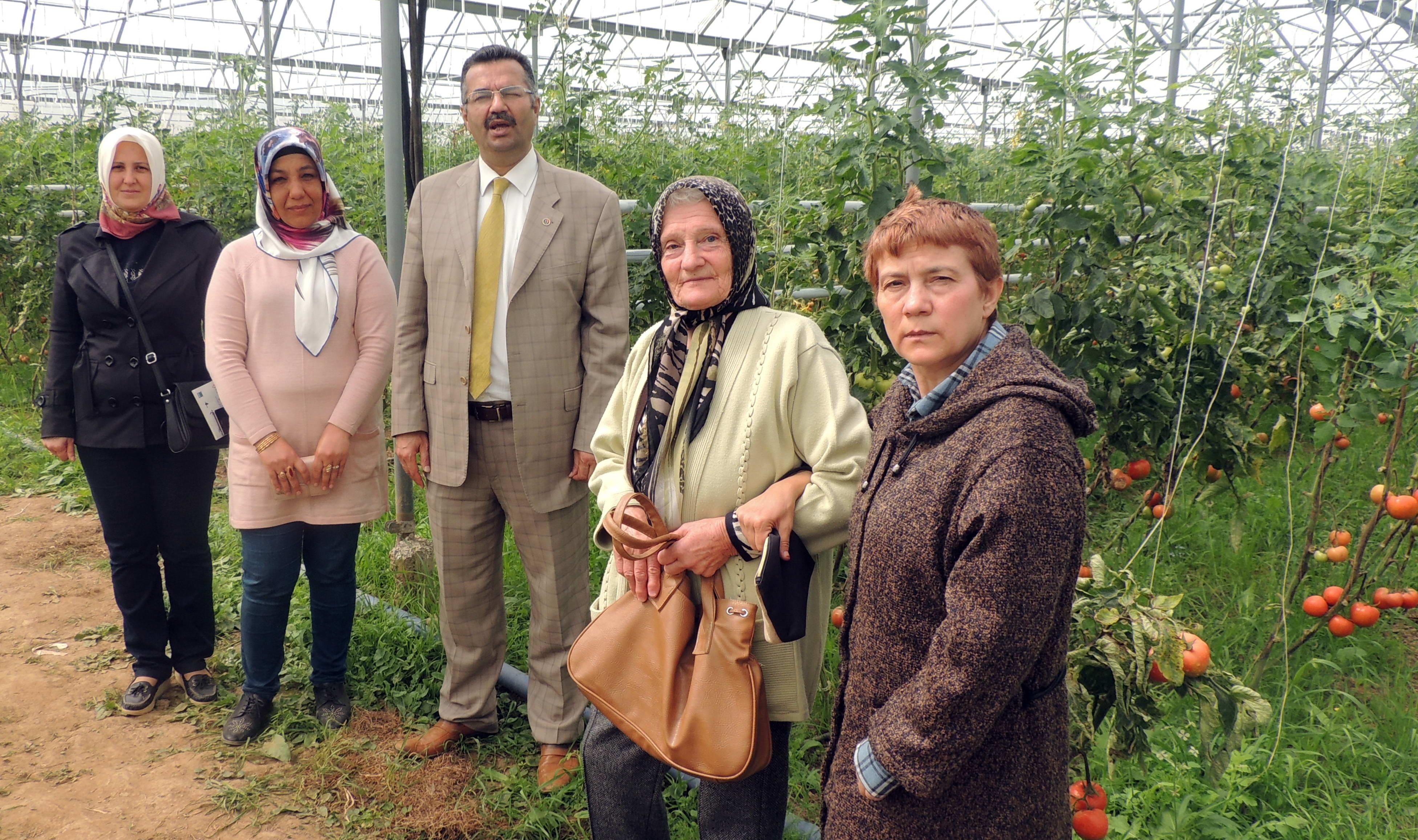 Girişimci Çiftçi Hanımlardan İslahiye MYO ve Serasına Ziyaret -  (6)