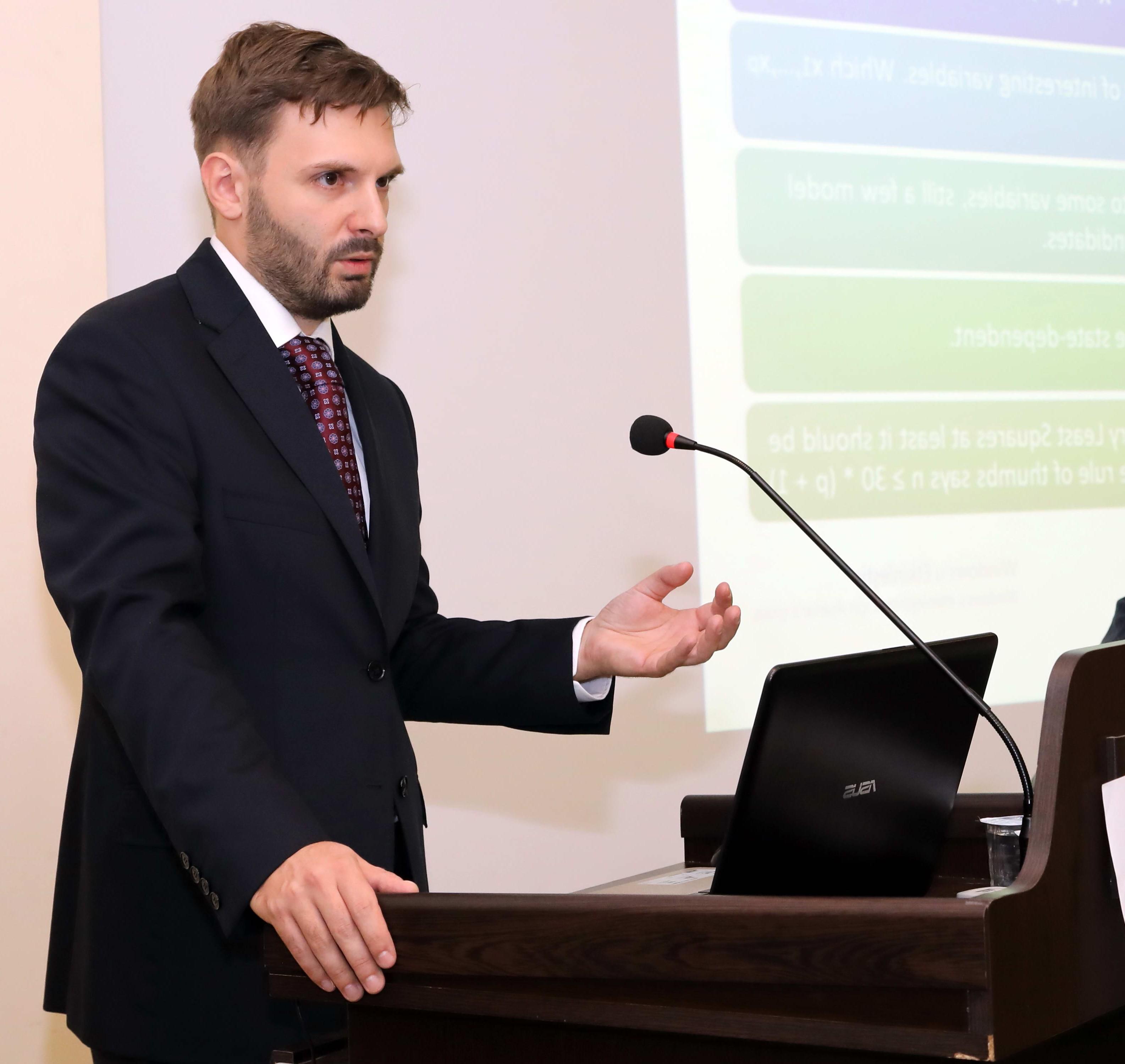 Dr. Krzysztof Drachal
