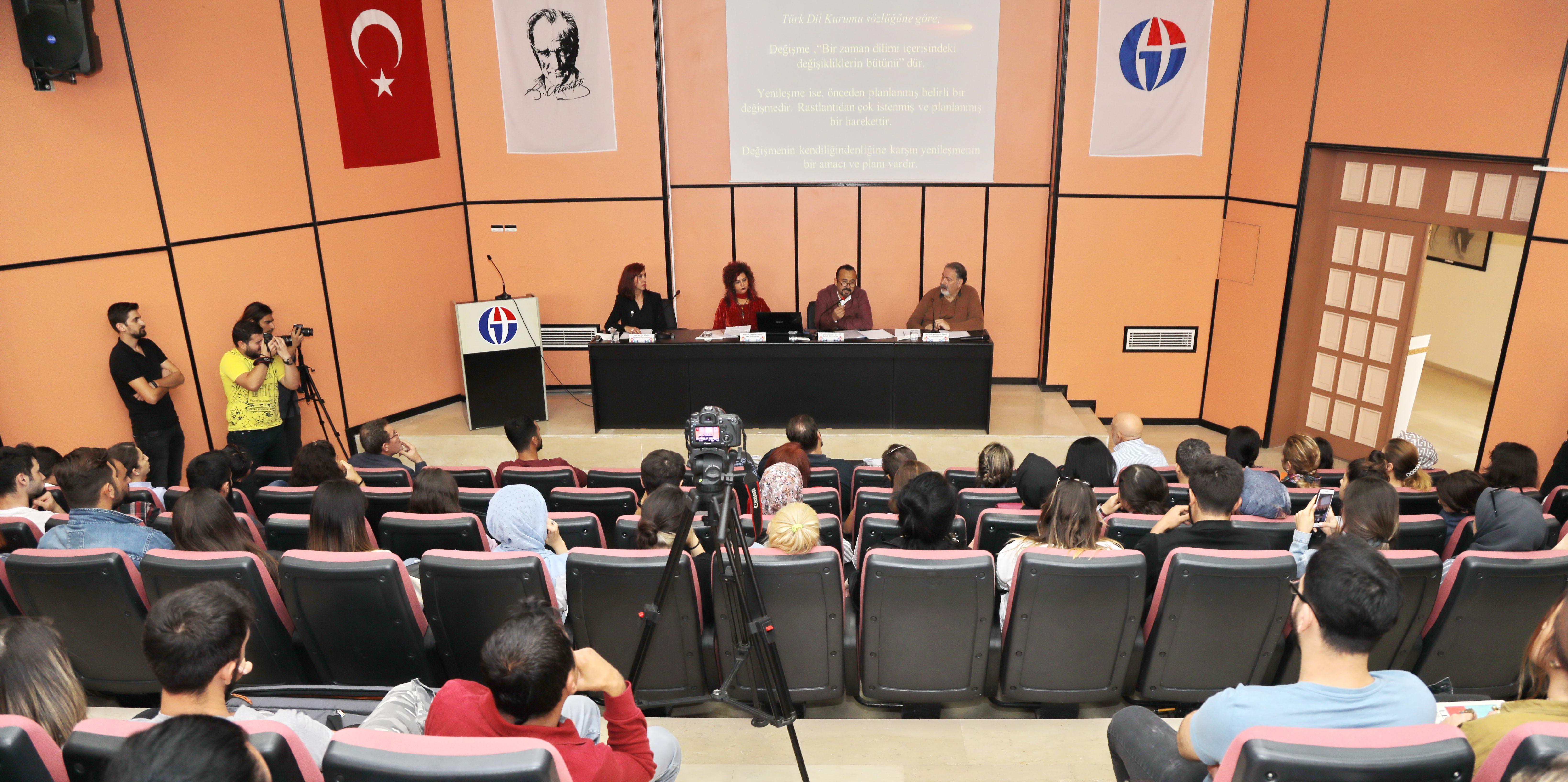 GAÜN'de Cumhuriyet Dönemi Türk Sanatı Paneli