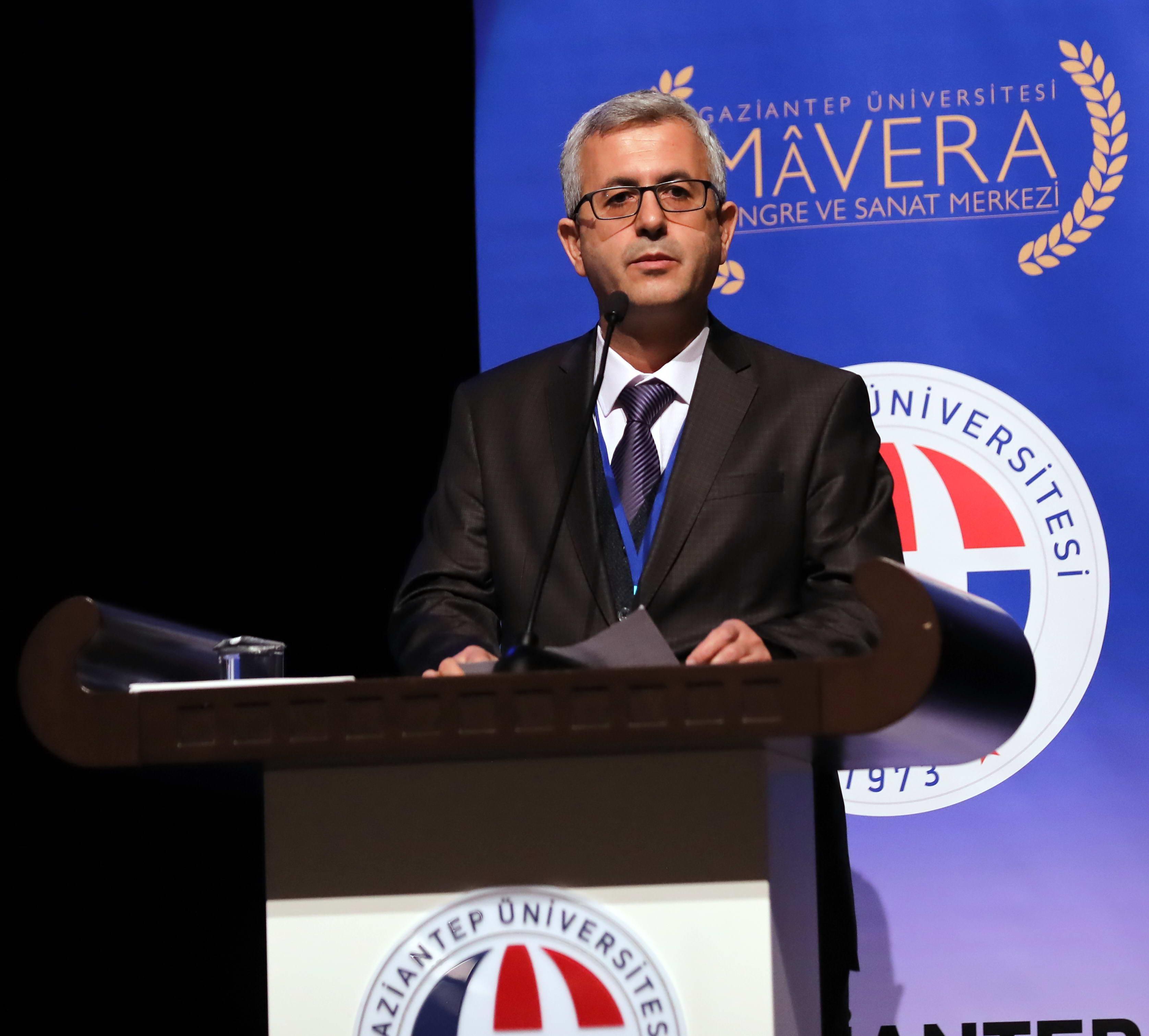 GAÜN'de Sünnetin Aktüel Değeri tartışıldı - Doç. Dr. Recep Aslan