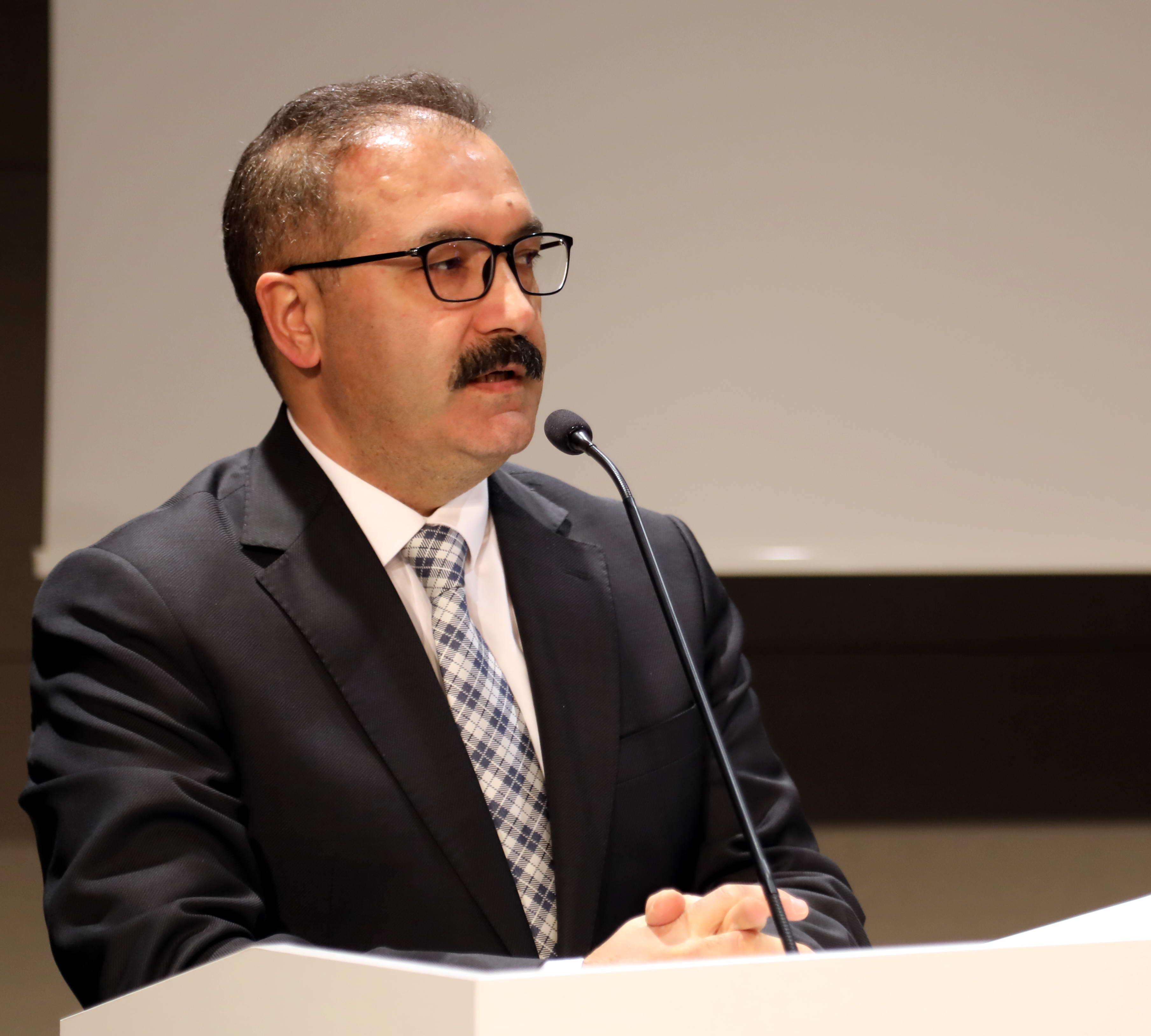 Prof. Dr. Ali Gür