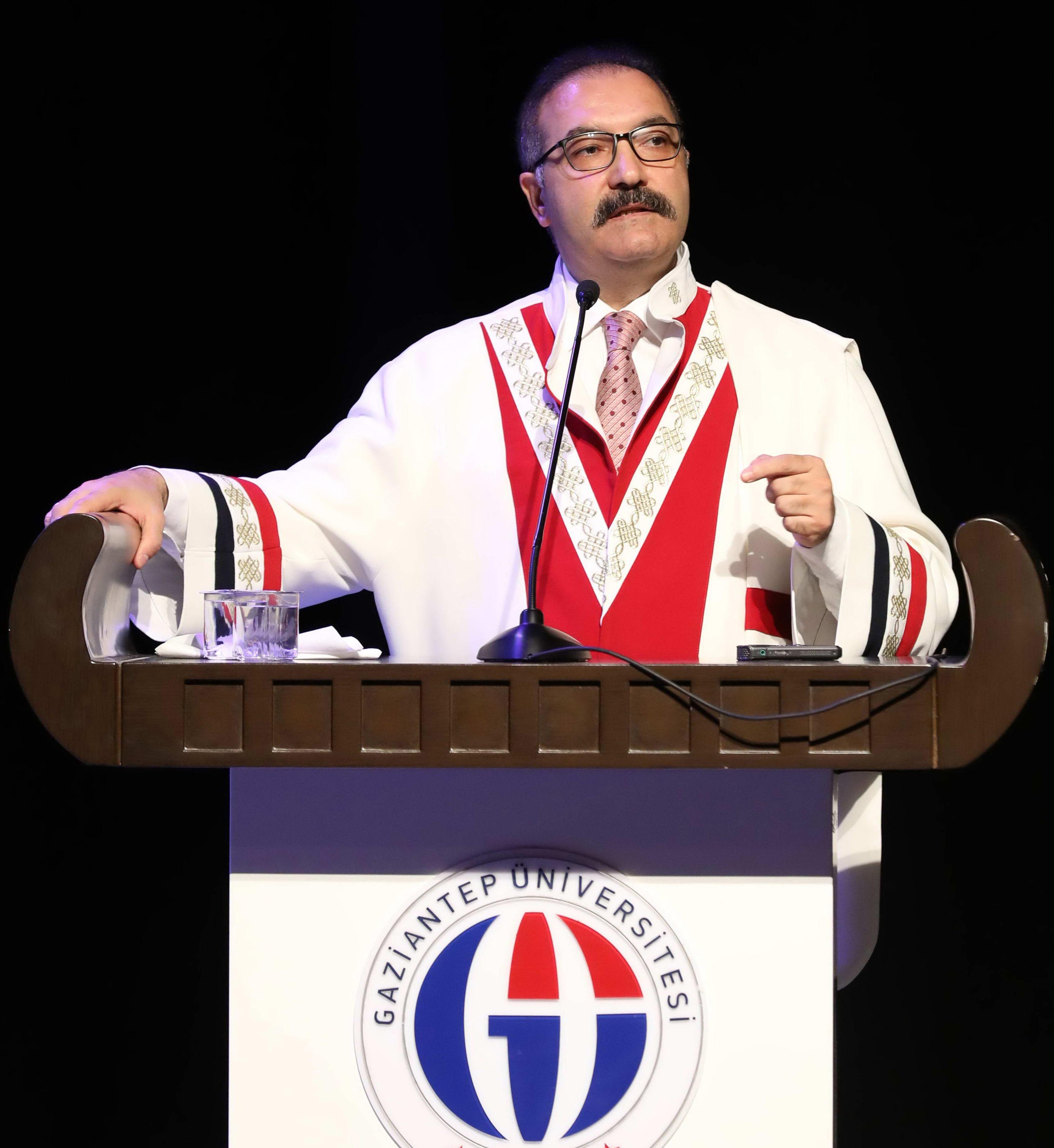 2-Prof. Dr. Ali Gür