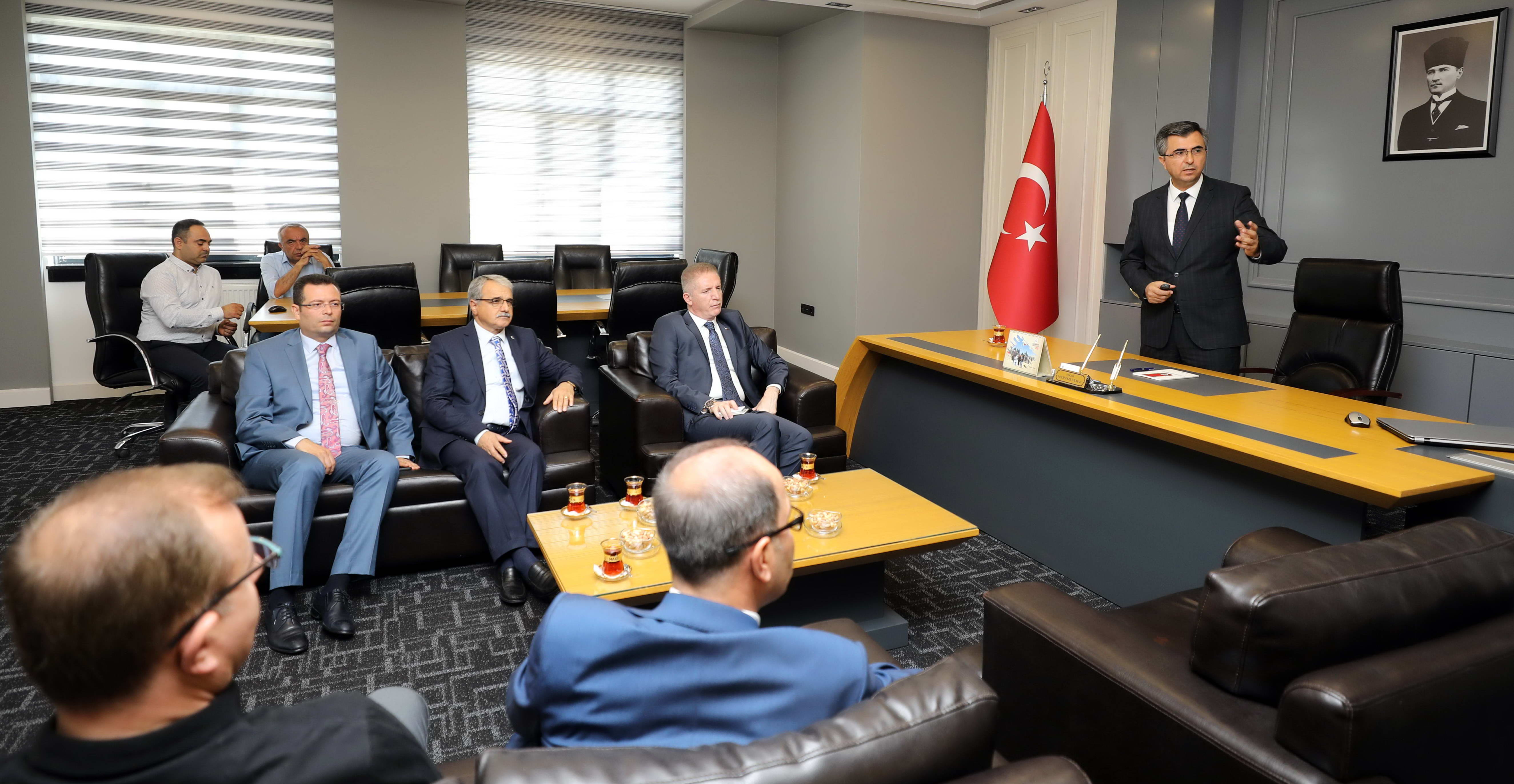 Naci Topçuoğlu MYO parmakla gösterilen bir eğitim kurumu -  (1)