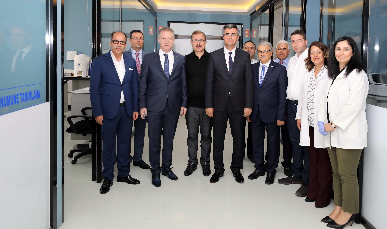 Naci Topçuoğlu MYO parmakla gösterilen bir eğitim kurumu -  (14)