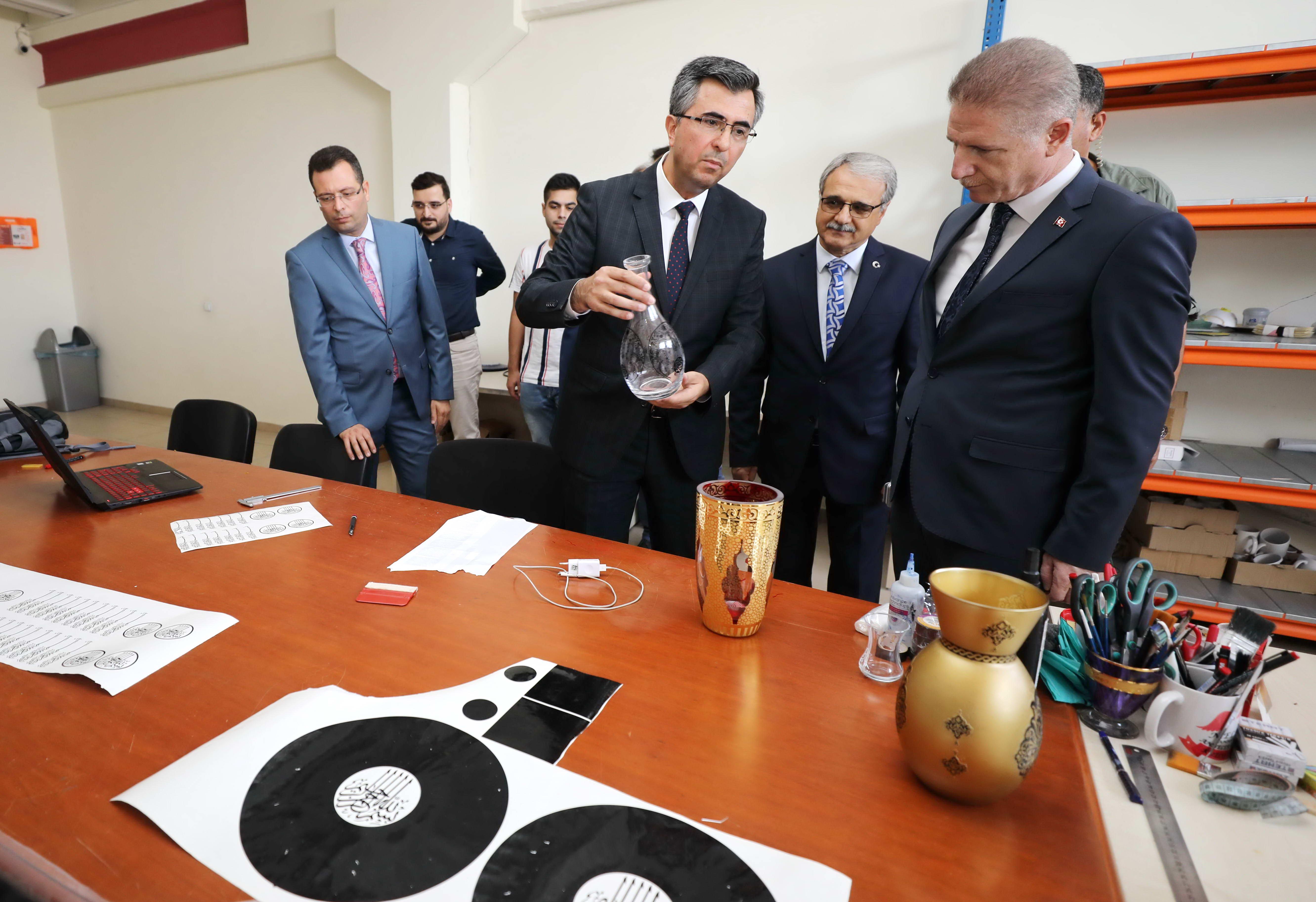 Naci Topçuoğlu MYO parmakla gösterilen bir eğitim kurumu -  (8)