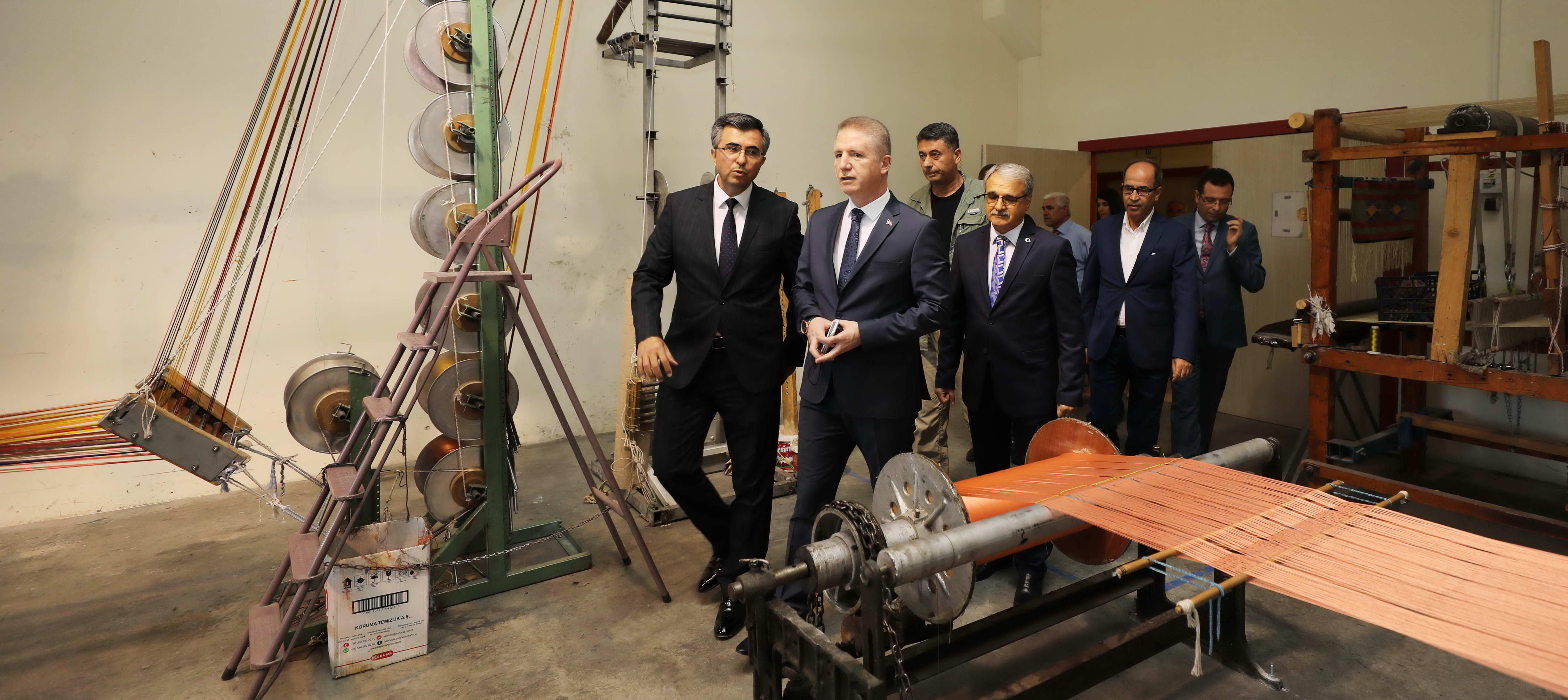Naci Topçuoğlu MYO parmakla gösterilen bir eğitim kurumu -  (9)