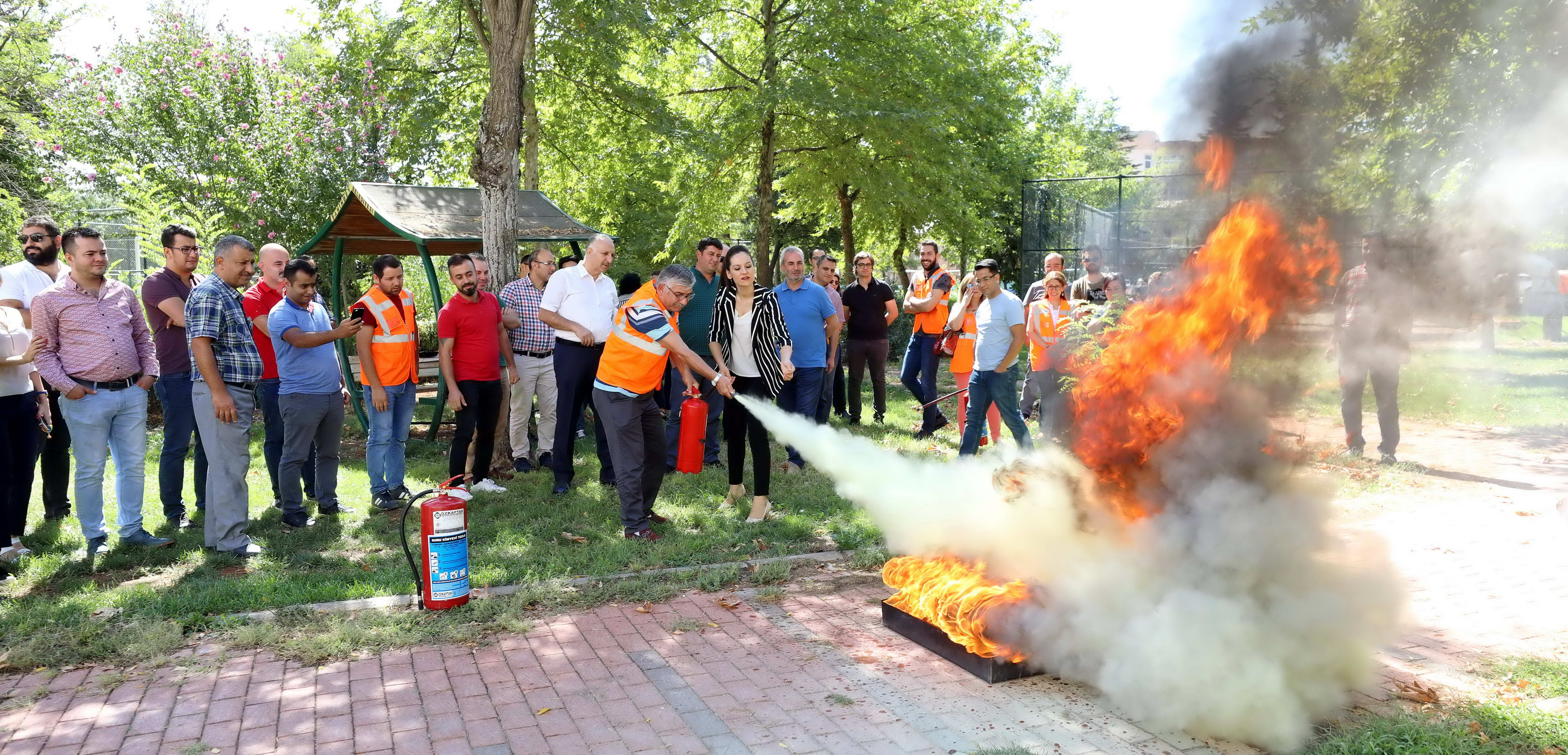 GAÜN'de yangın eğitimi-1
