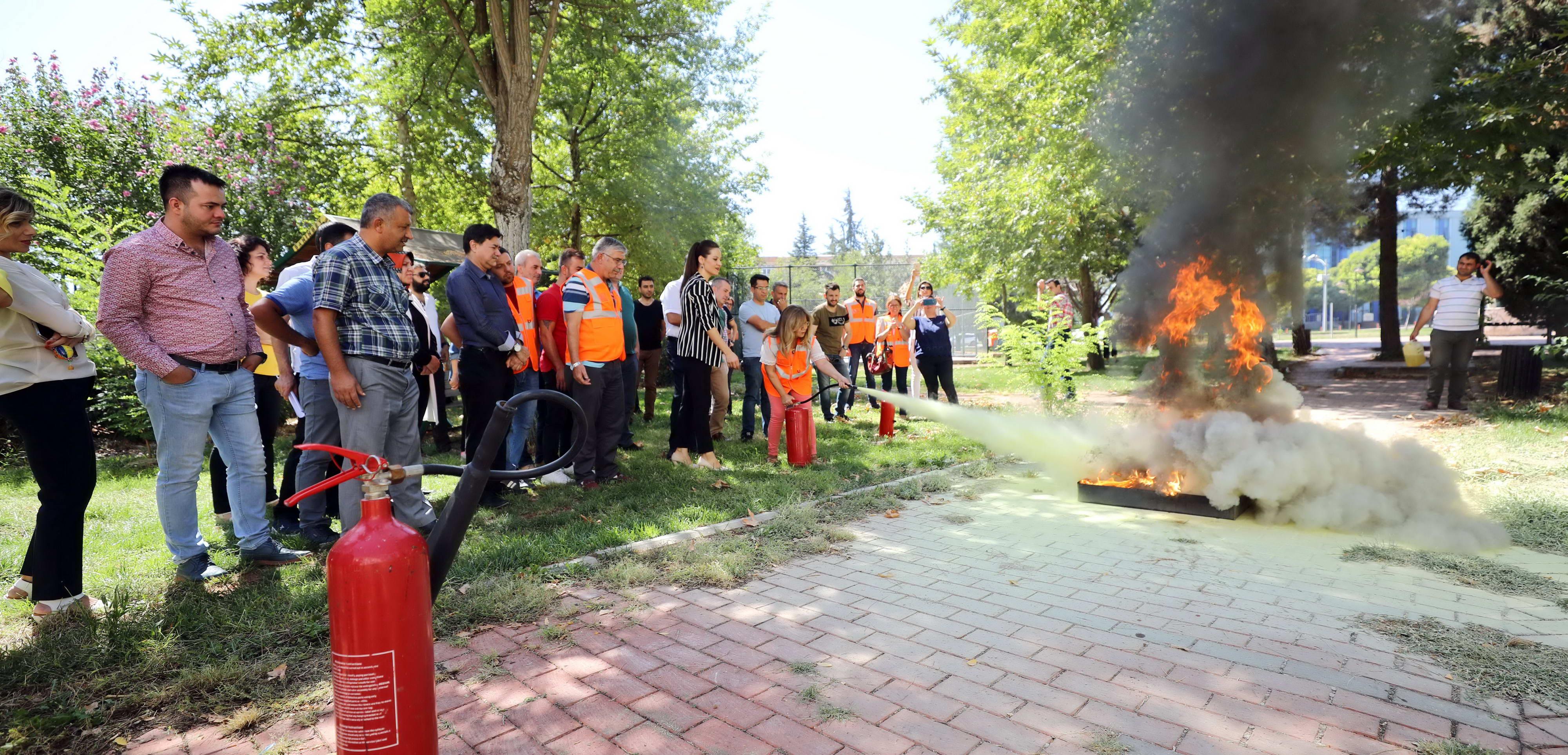 GAÜN'de yangın eğitimi-4