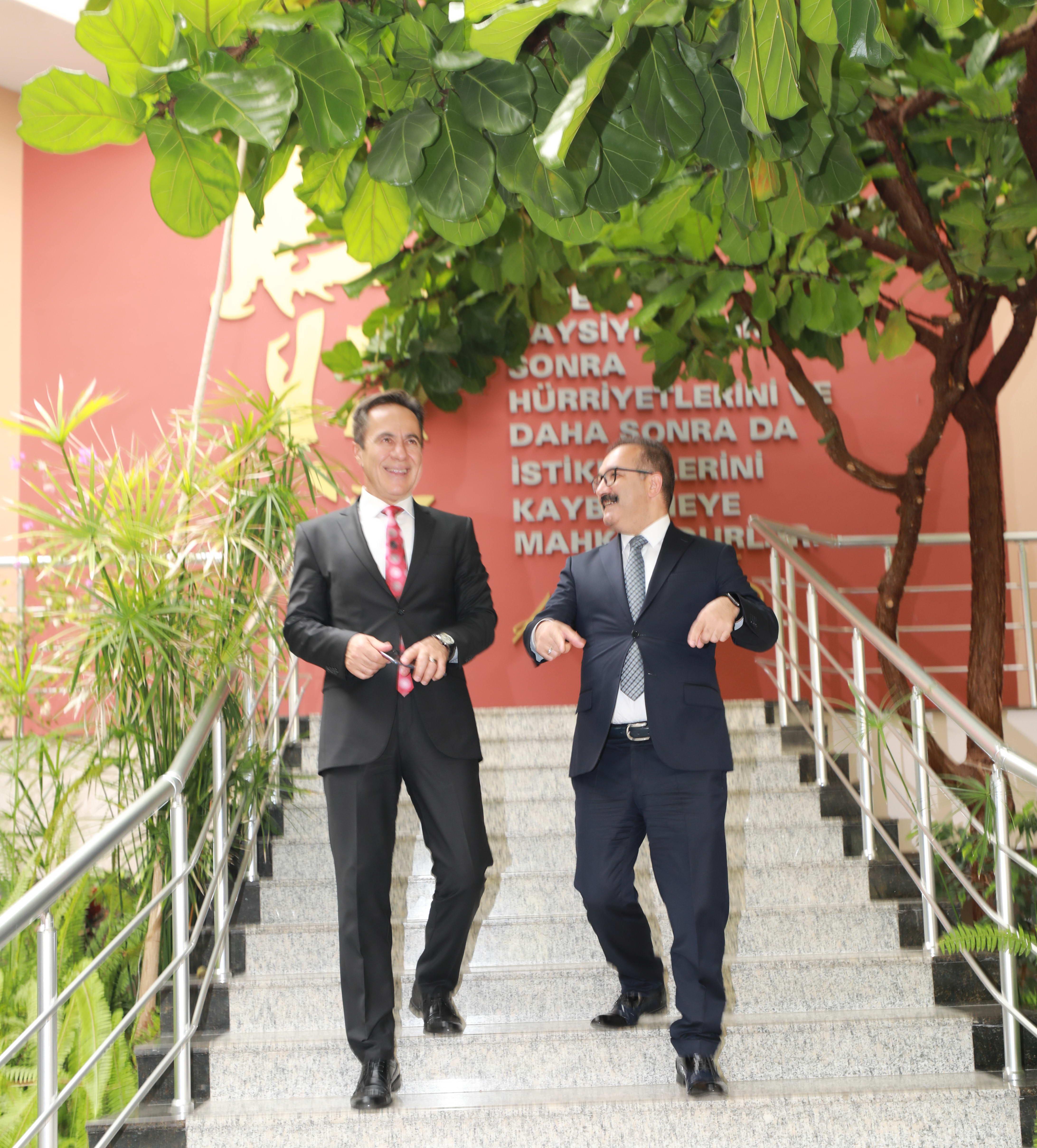 Başsavcı Çokdinç'ten Rektör Gür'e ziyaret -  (2)