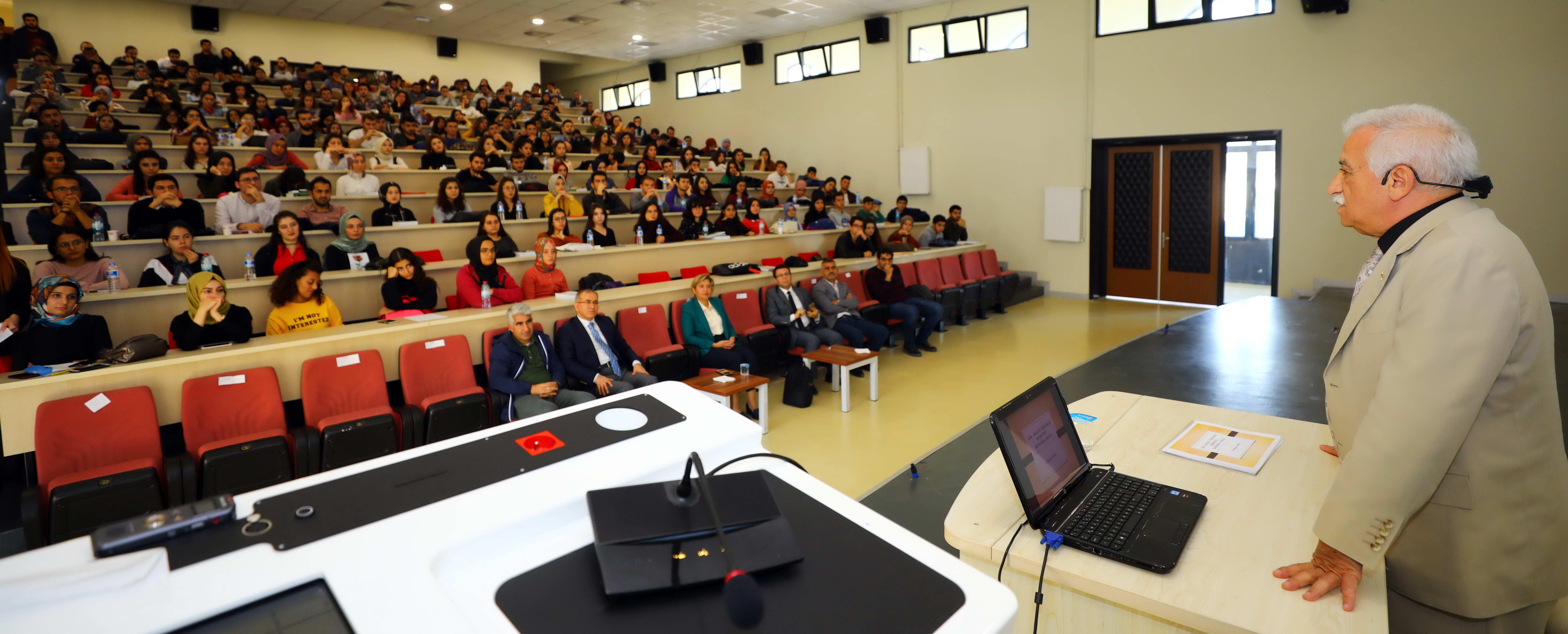 AV. BALCI, HUKUK FAKÜLTESİ ÖĞRENCİLERİNE KONFERANS VERDİ-1