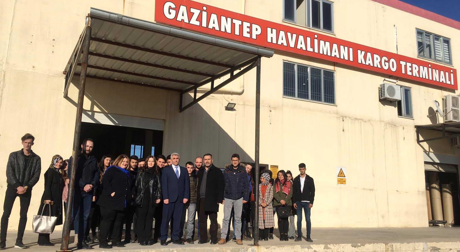 GAÜN Naci Topçuoğlu MYO Öğrencilerinden Gümrük Müdürlüğü Gezisi