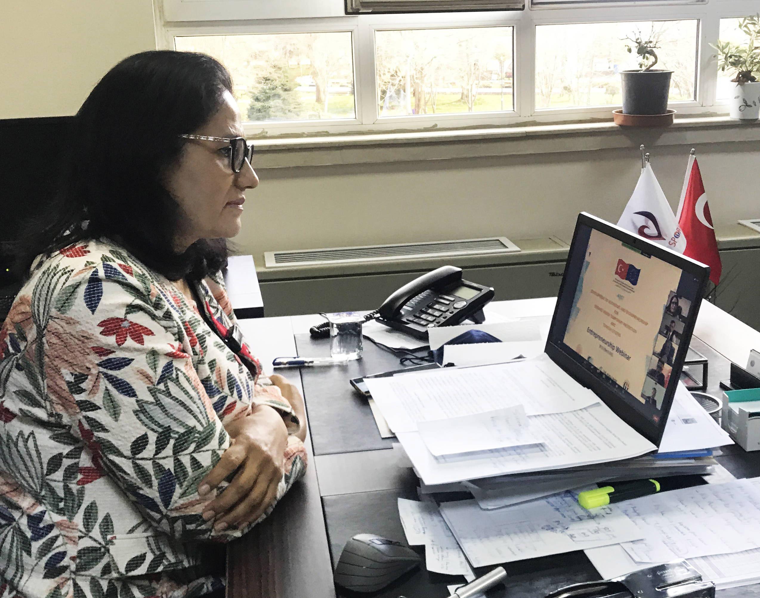 GİRİŞİMCİLİK ONLİNE KONFERANSININ İLK OTURUMU GERÇEKLEŞTİ-Prof. Dr. Ayşe Balat